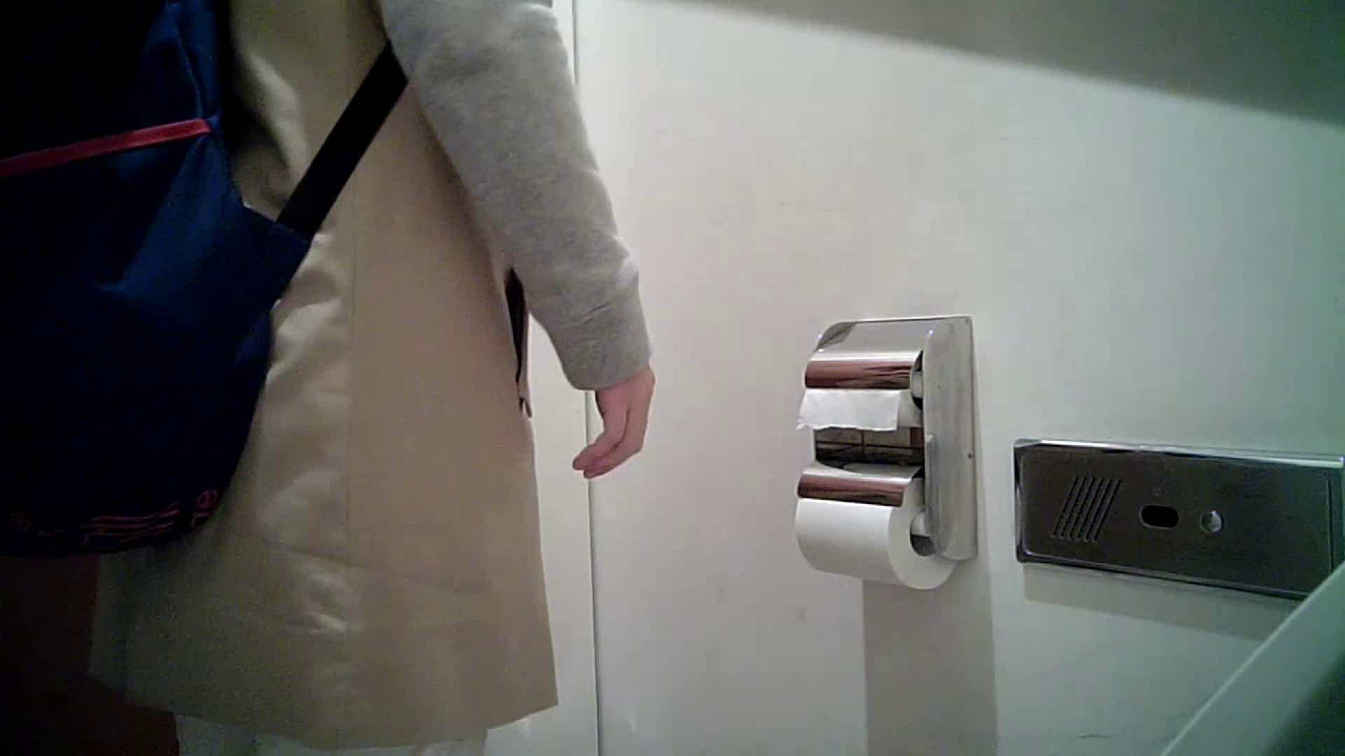 某有名大学女性洗面所 vol.26 和式 盗撮 107PIX 59
