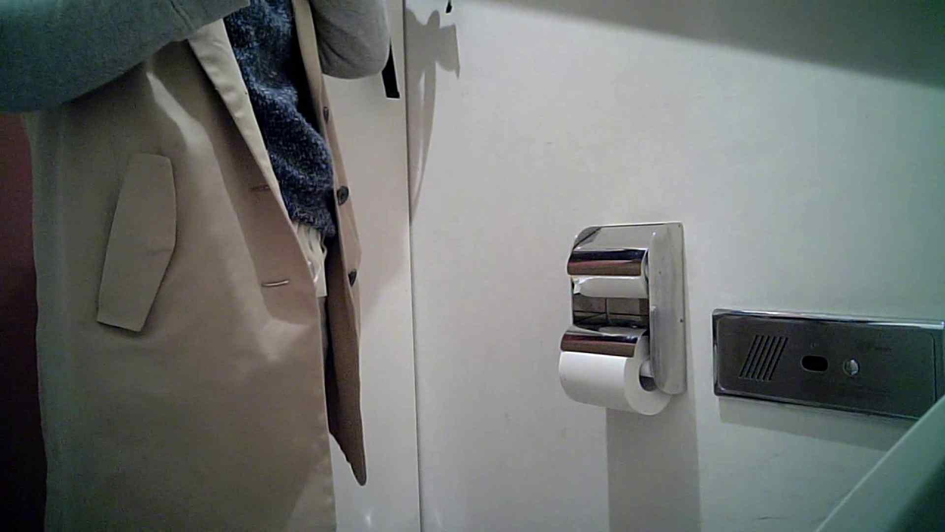 某有名大学女性洗面所 vol.26 和式 盗撮 107PIX 78