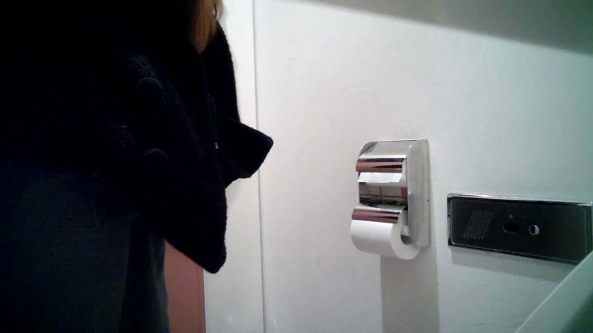 某有名大学女性洗面所 vol.26 和式 盗撮 107PIX 103
