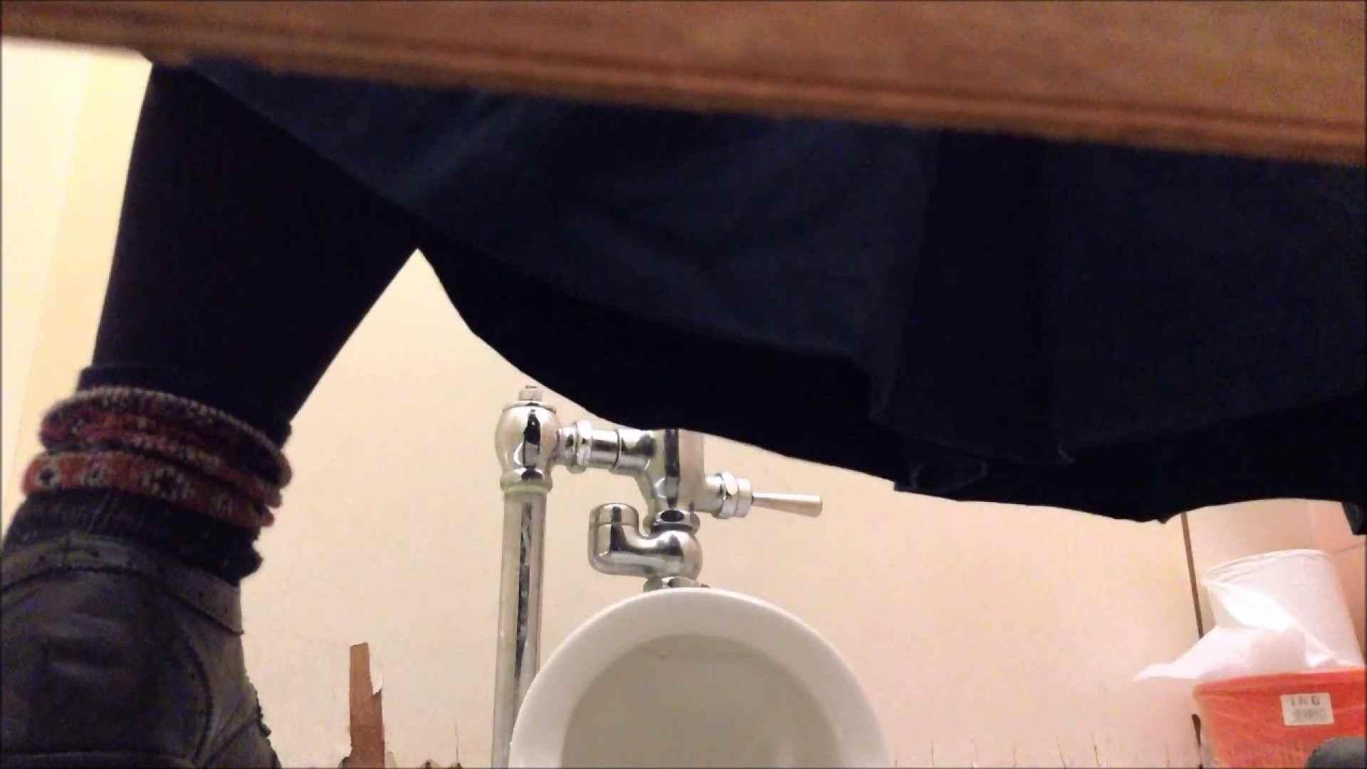 某有名大学女性洗面所 vol.12 和式 盗撮 76PIX 21