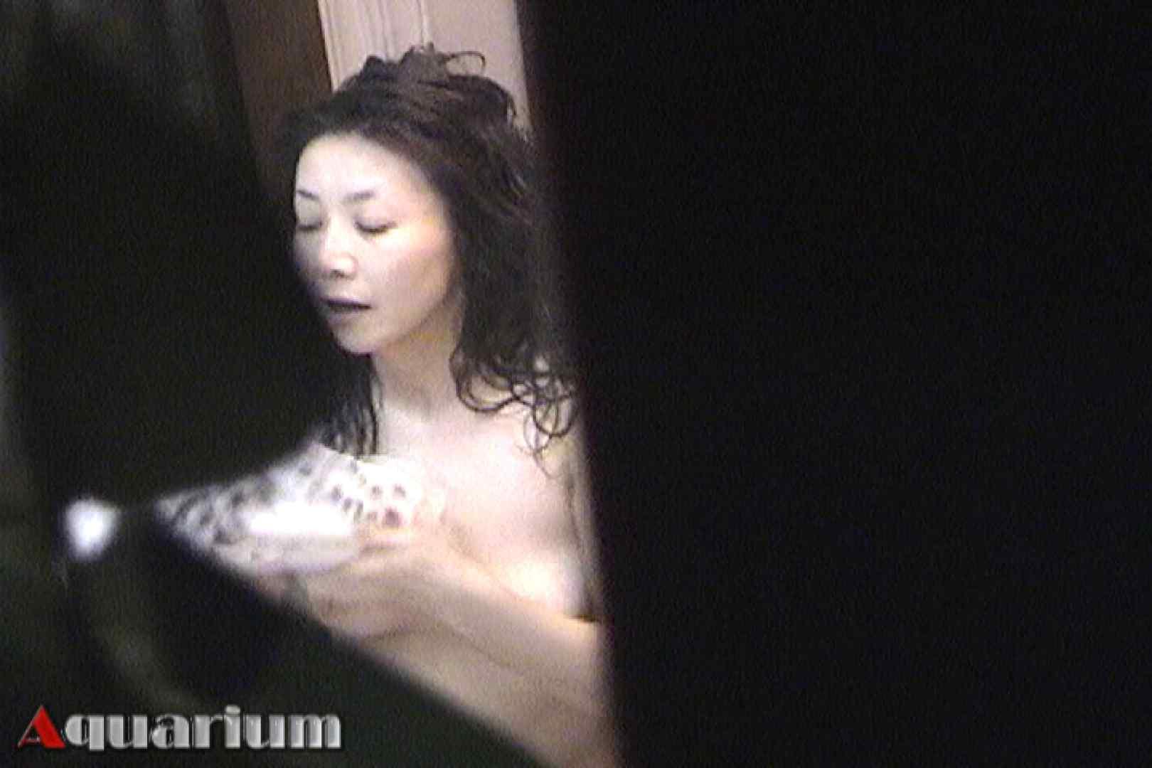 旅館脱衣所お着替え盗撮 Vol.01 盗撮  72PIX 60