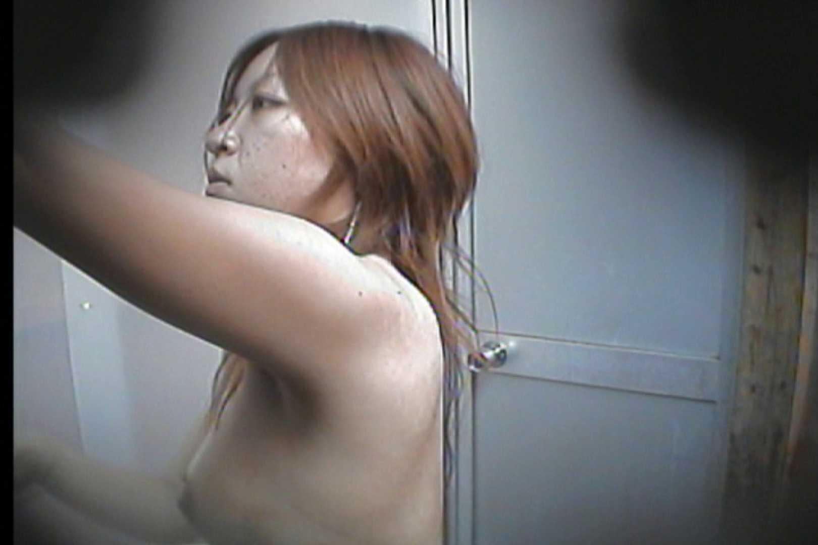 海の家の更衣室 Vol.16 シャワー  73PIX 46