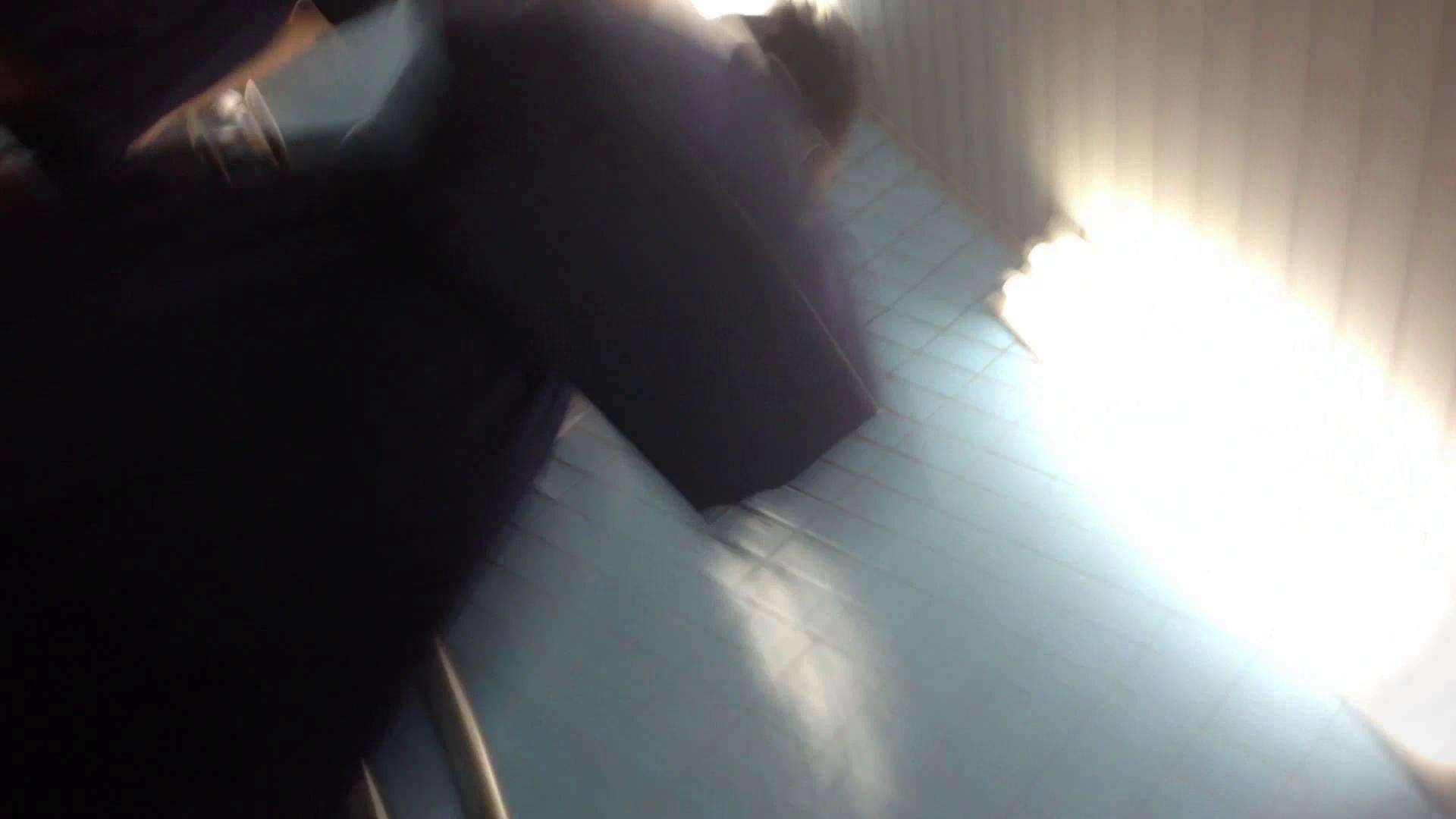階段パンチラ Vol.04 高画質  81PIX 39