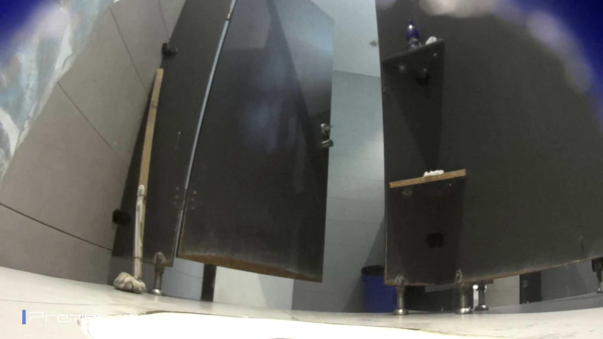 フロントから丸見え! 大学休憩時間の洗面所事情60 高画質  69PIX 65