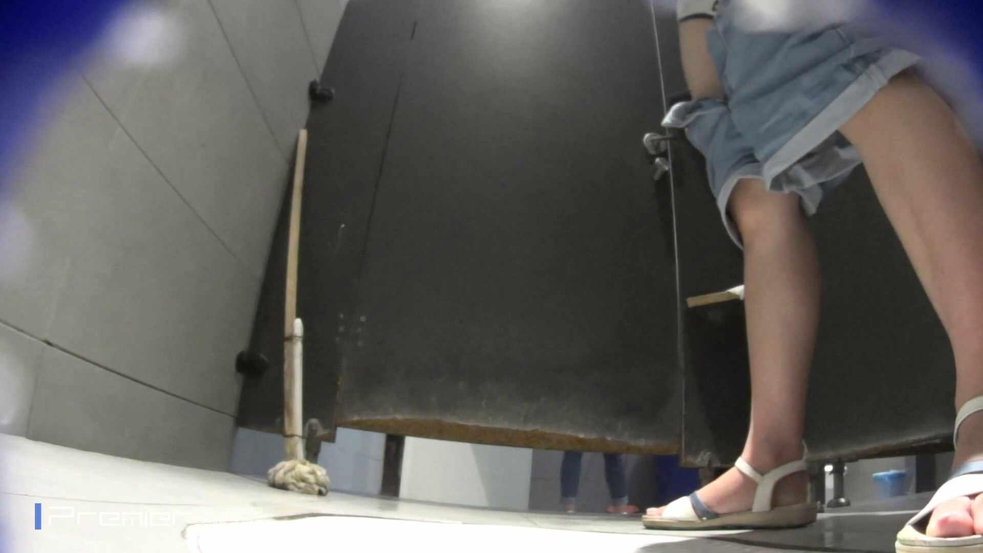 個室のドアを開けたまま放nyoする乙女 大学休憩時間の洗面所事情85 乙女  70PIX 17