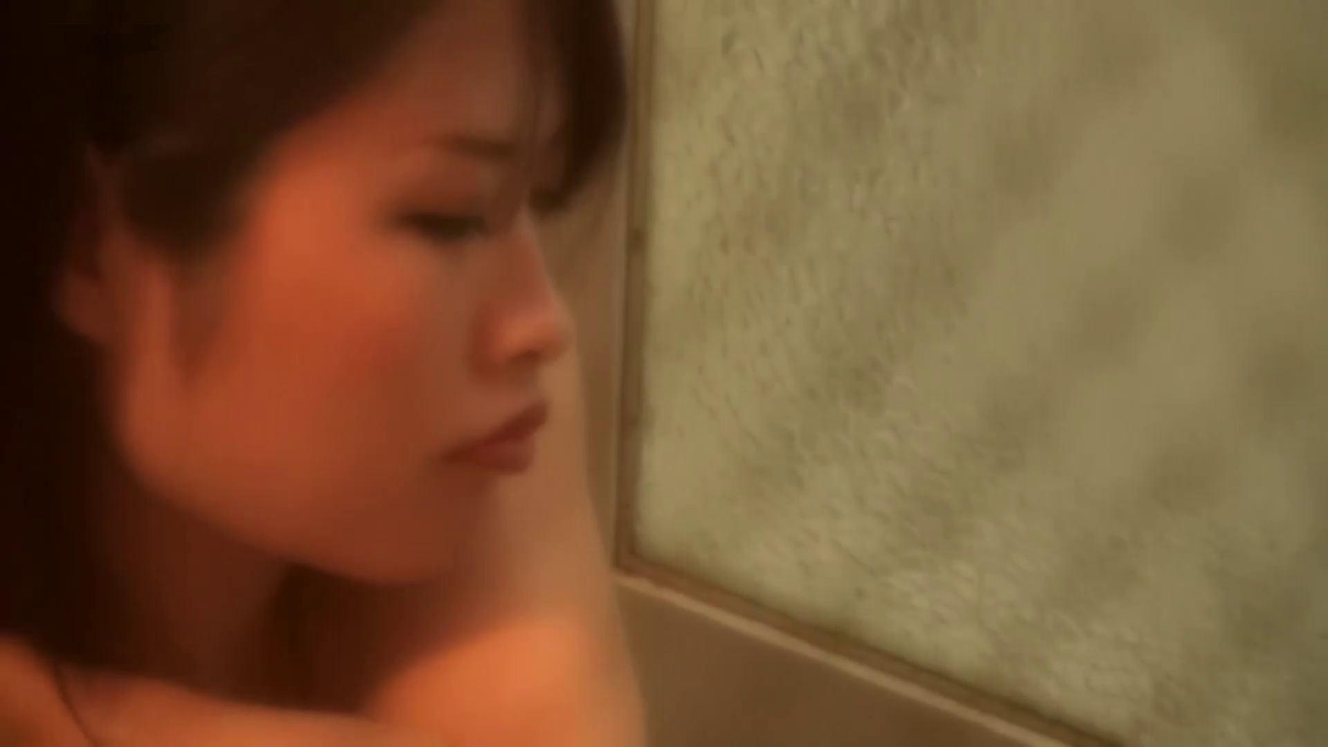 *華の女子寮ノゾキ* vol.02 Eカップがぷるぷる揺れるコ 美肌  85PIX 34
