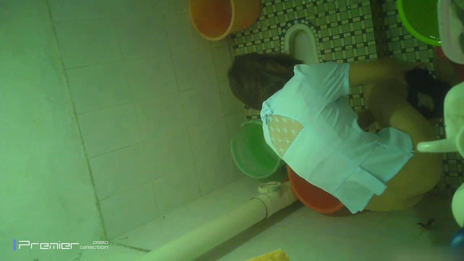 美女の痴態に密着!洗面所で体を洗う!絶世の美女 Vol.06 チラ  91PIX 30
