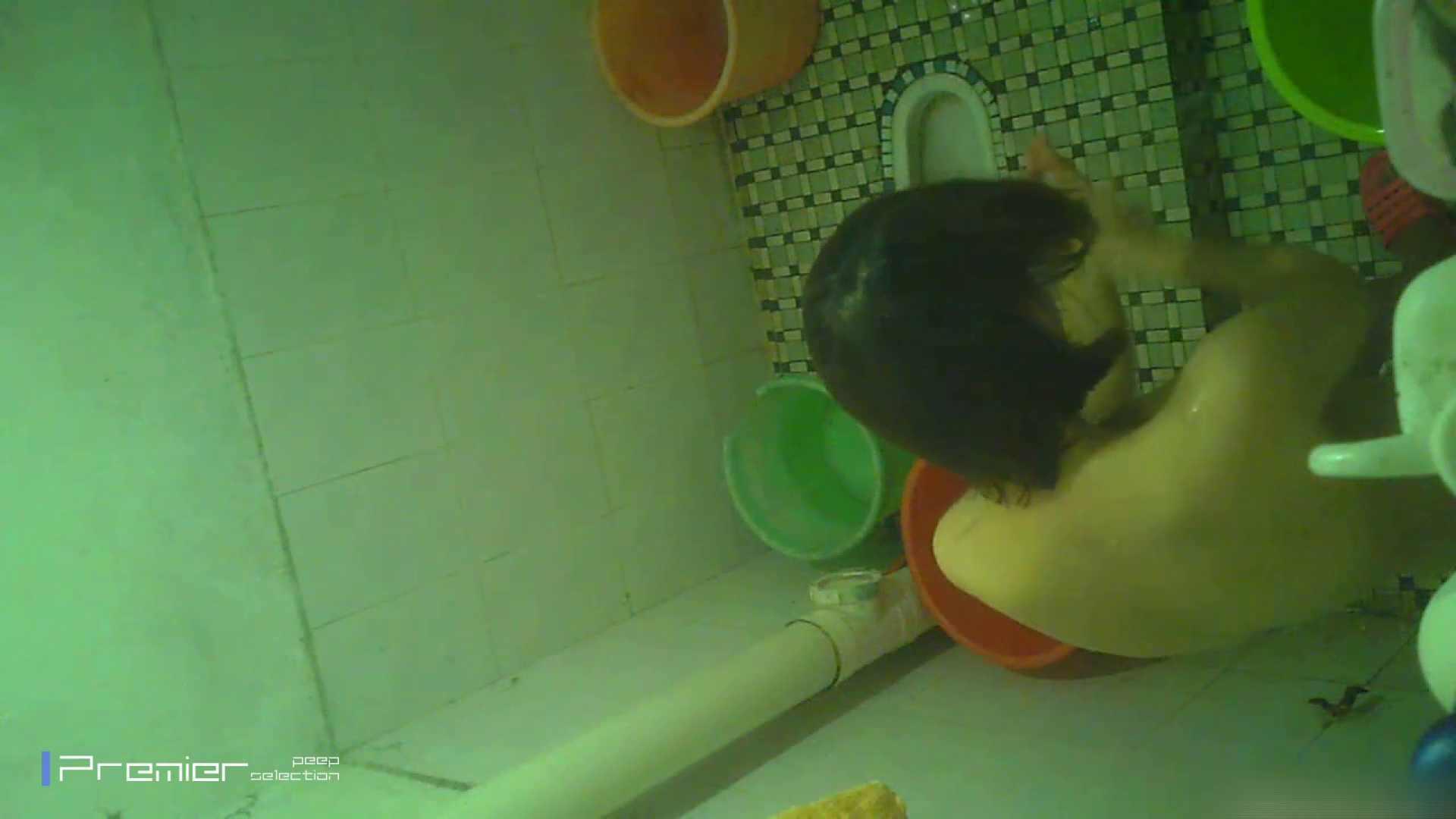 美女の痴態に密着!洗面所で体を洗う!絶世の美女 Vol.06 チラ  91PIX 59