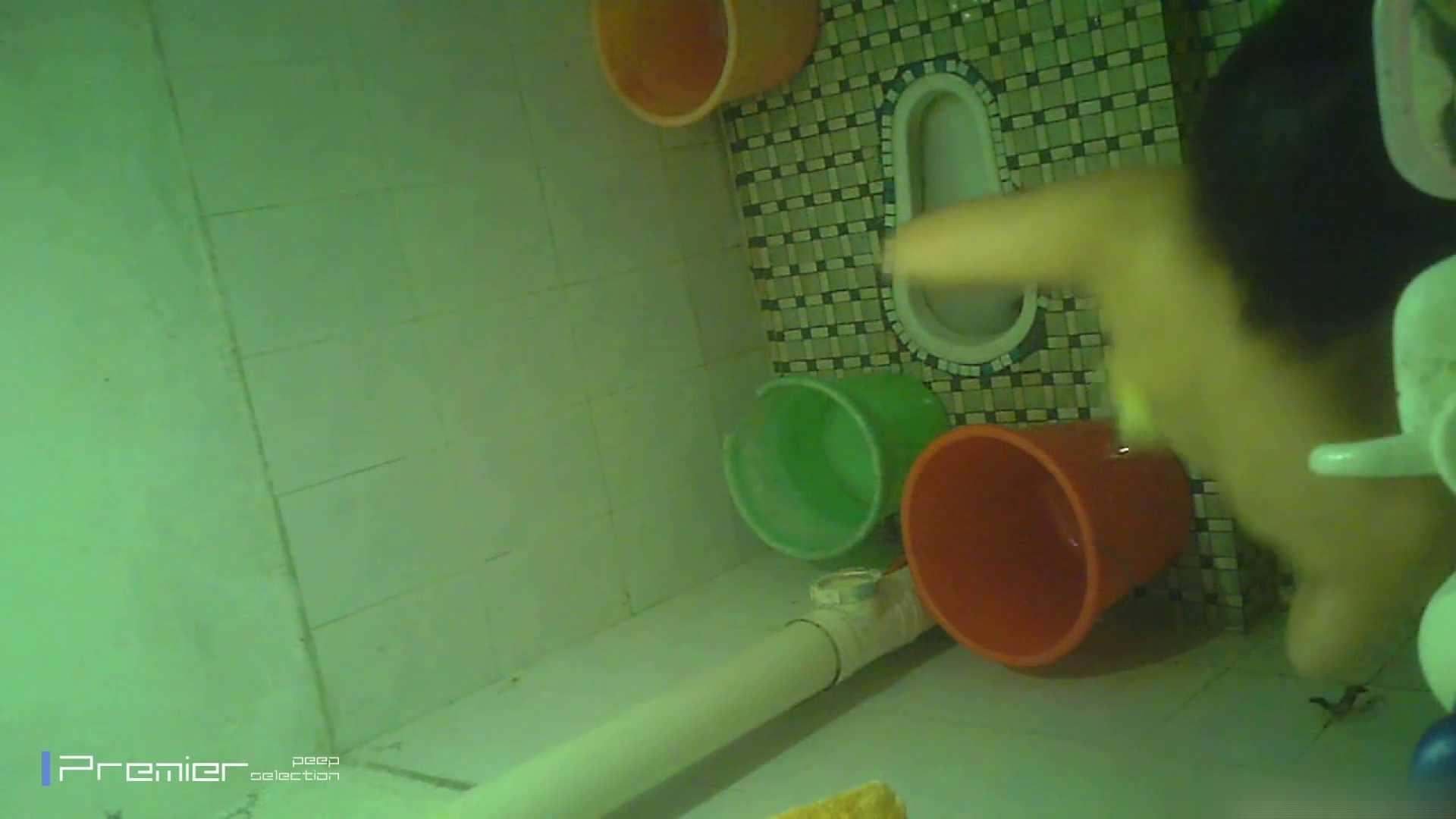 美女の痴態に密着!洗面所で体を洗う!絶世の美女 Vol.06 チラ  91PIX 67
