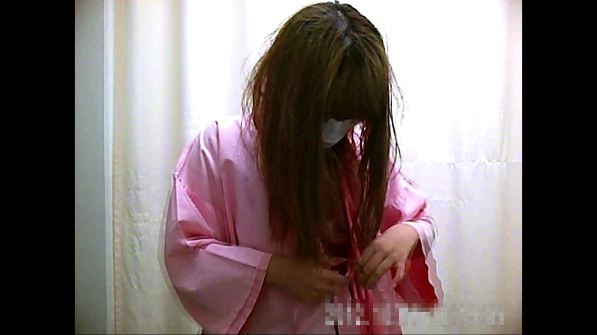 元医者による反抗 更衣室地獄絵巻 vol.057 お姉さん  112PIX 52