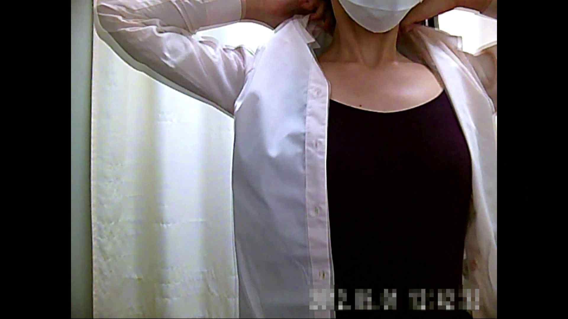 元医者による反抗 更衣室地獄絵巻 vol.004 お姉さん  104PIX 21
