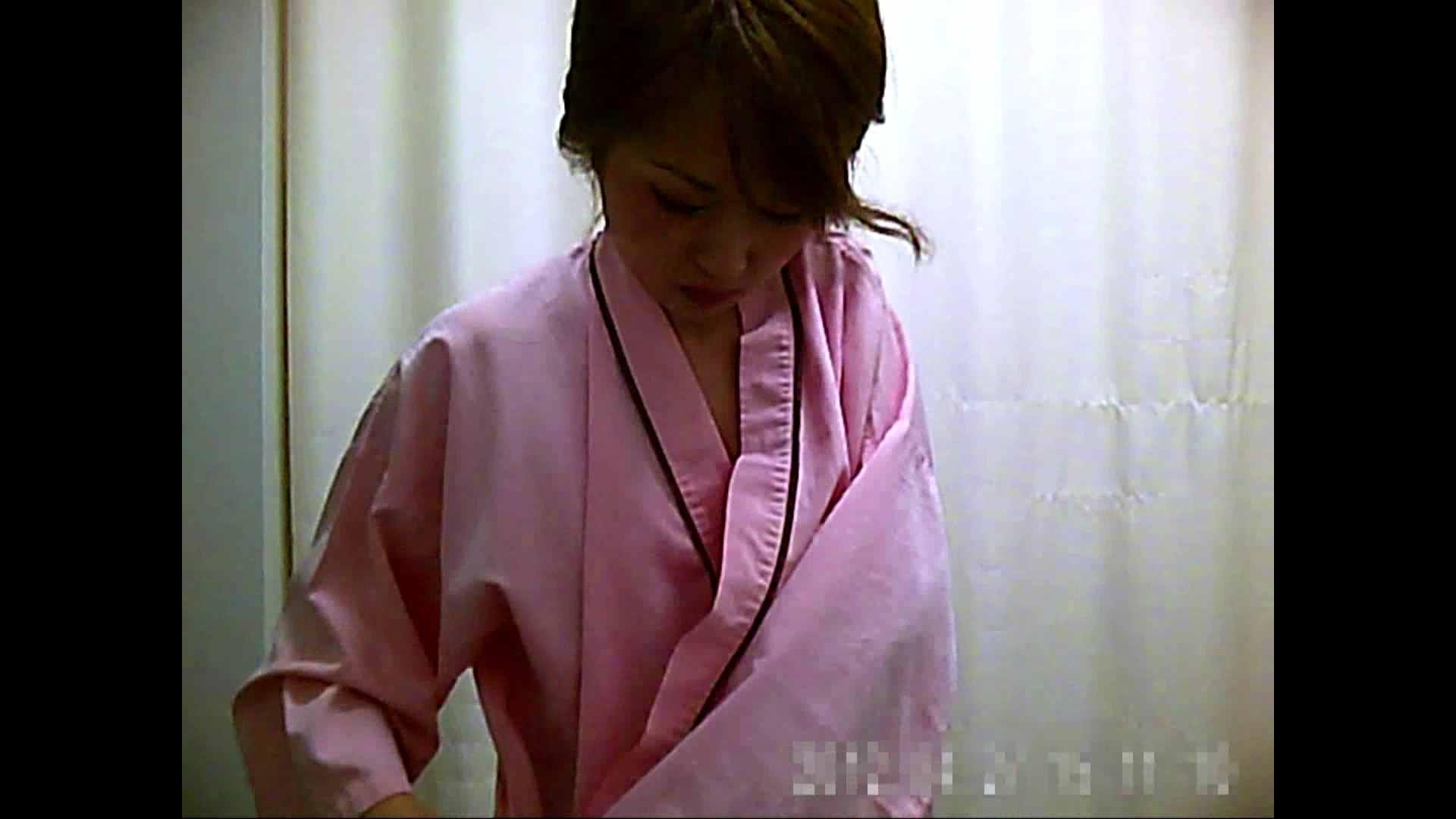 元医者による反抗 更衣室地獄絵巻 vol.004 お姉さん  104PIX 57