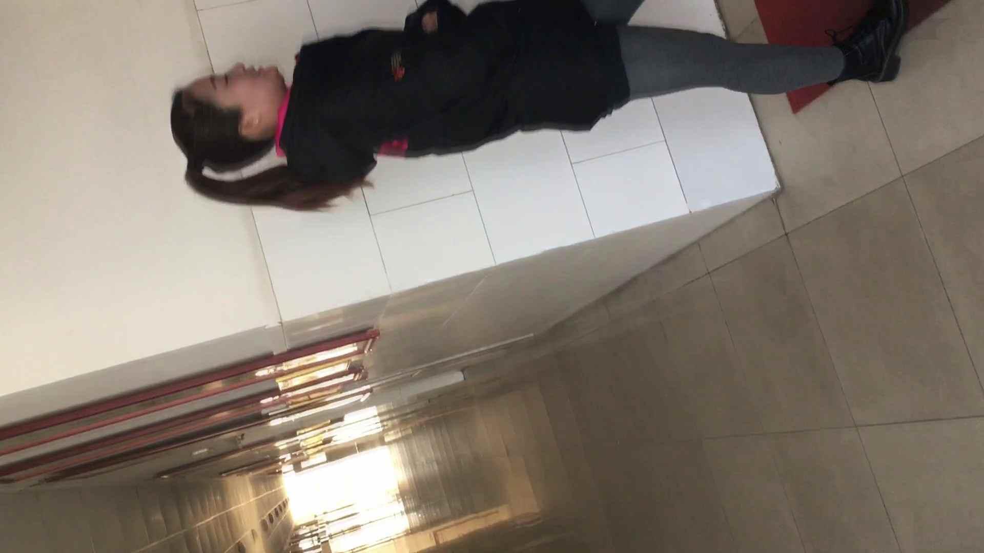 芸術大学ガチ潜入盗撮 JD盗撮 美女の洗面所の秘密 Vol.81 盗撮  62PIX 24