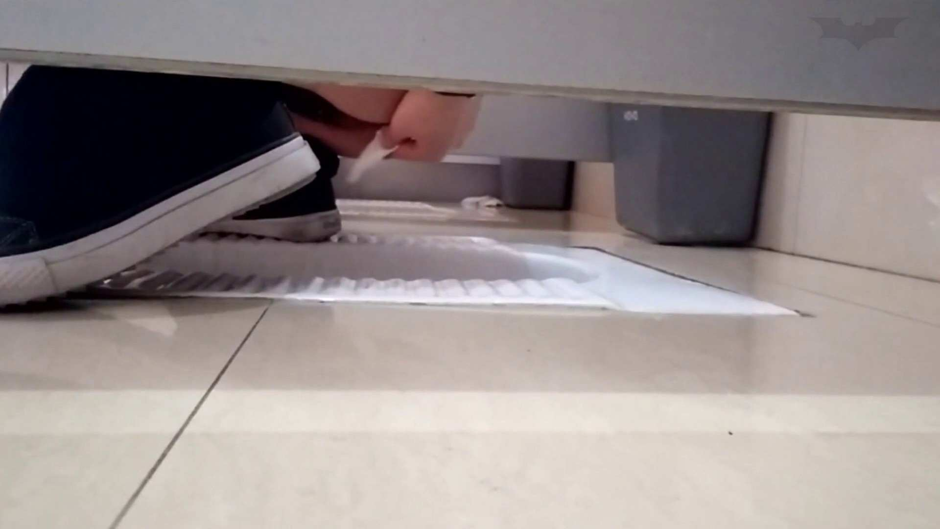 芸術大学ガチ潜入盗撮 JD盗撮 美女の洗面所の秘密 Vol.97 洗面所  91PIX 7