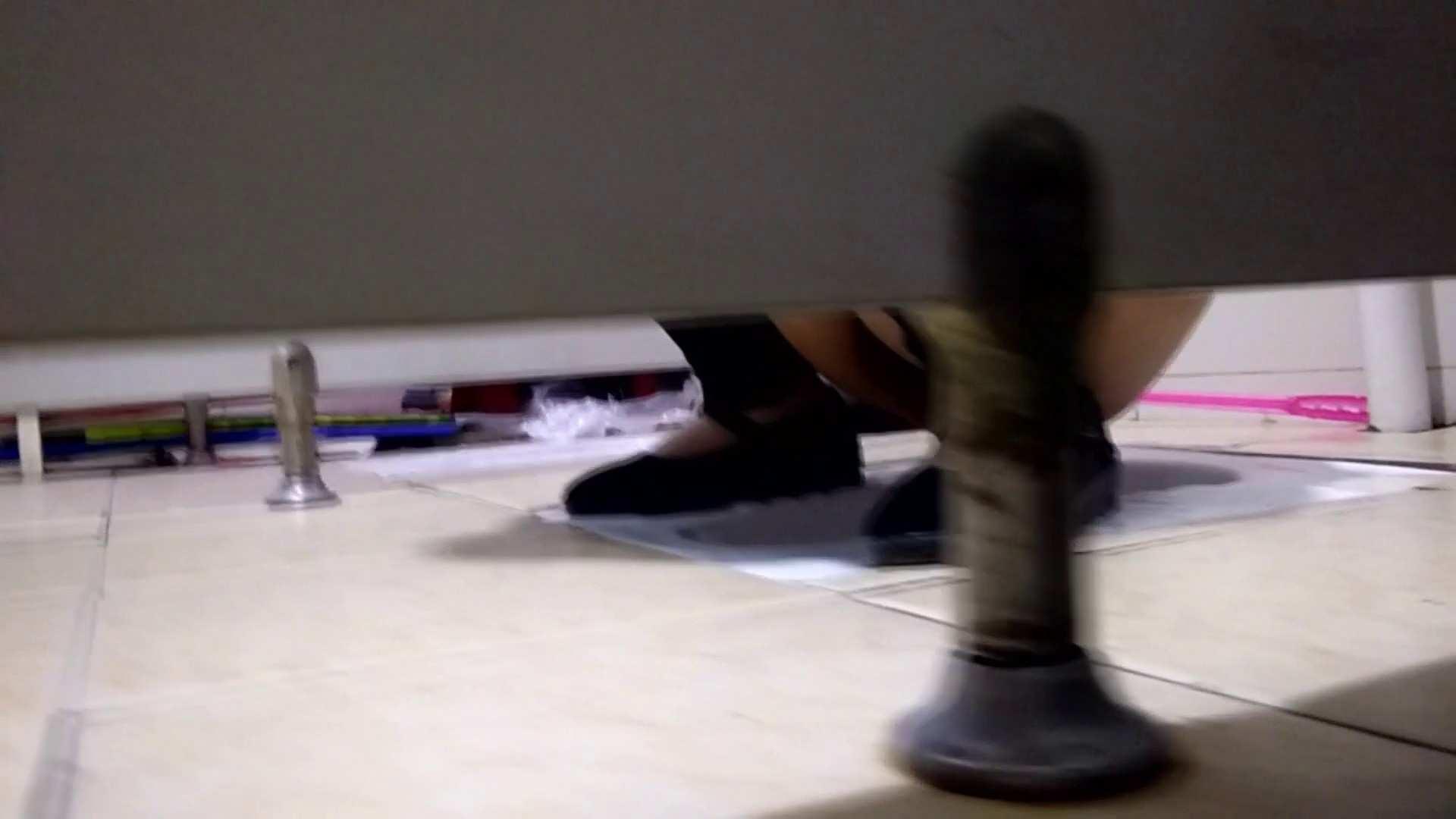芸術大学ガチ潜入盗撮 JD盗撮 美女の洗面所の秘密 Vol.105 丸見え  100PIX 35
