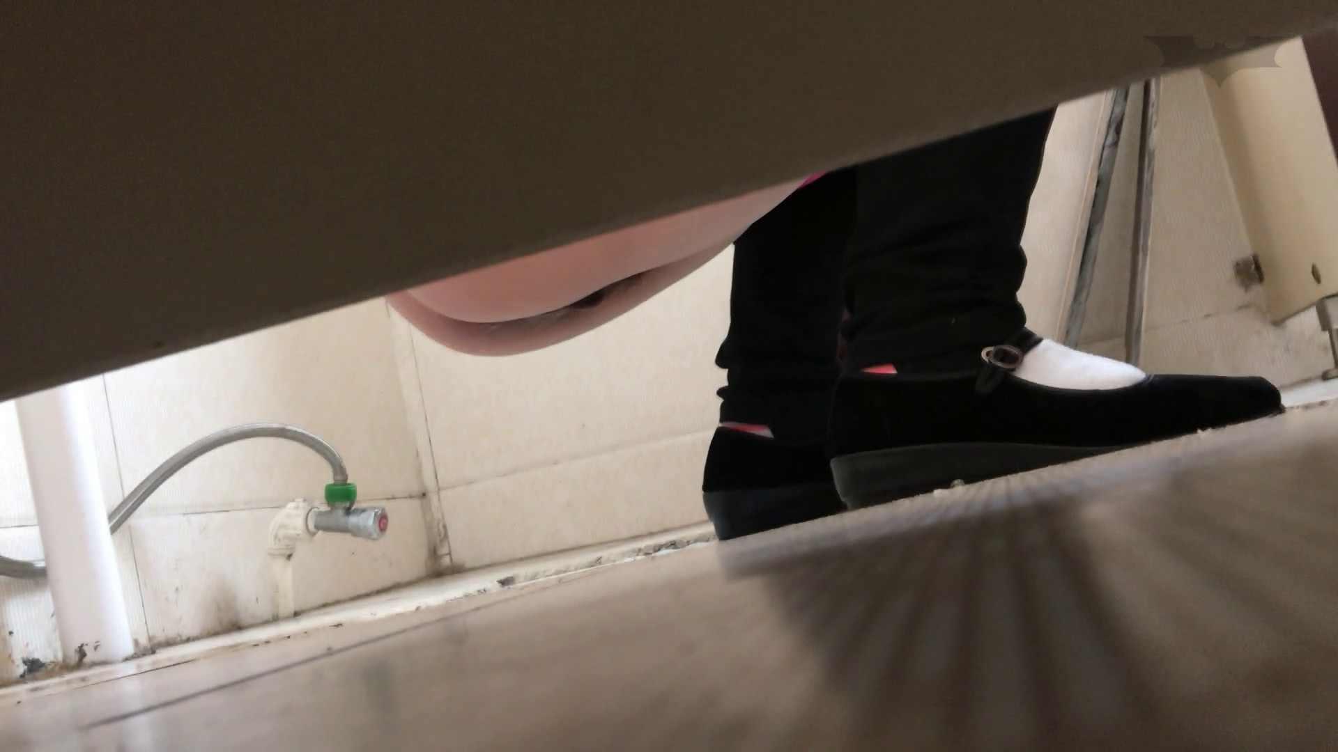 芸術大学ガチ潜入盗撮 JD盗撮 美女の洗面所の秘密 Vol.109 細身  51PIX 28