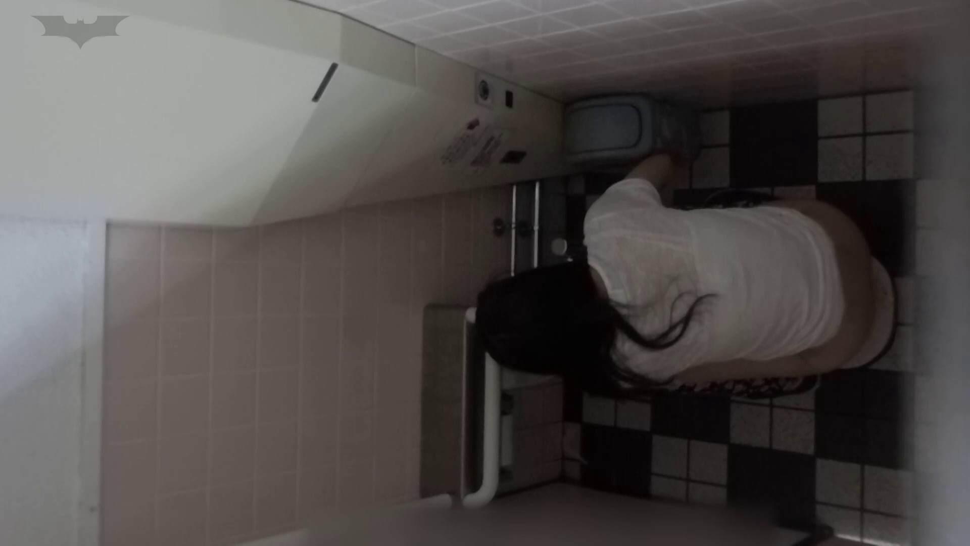 化粧室絵巻 駅舎編 VOL.22 季節外れの冬服特集!! 細身  54PIX 36