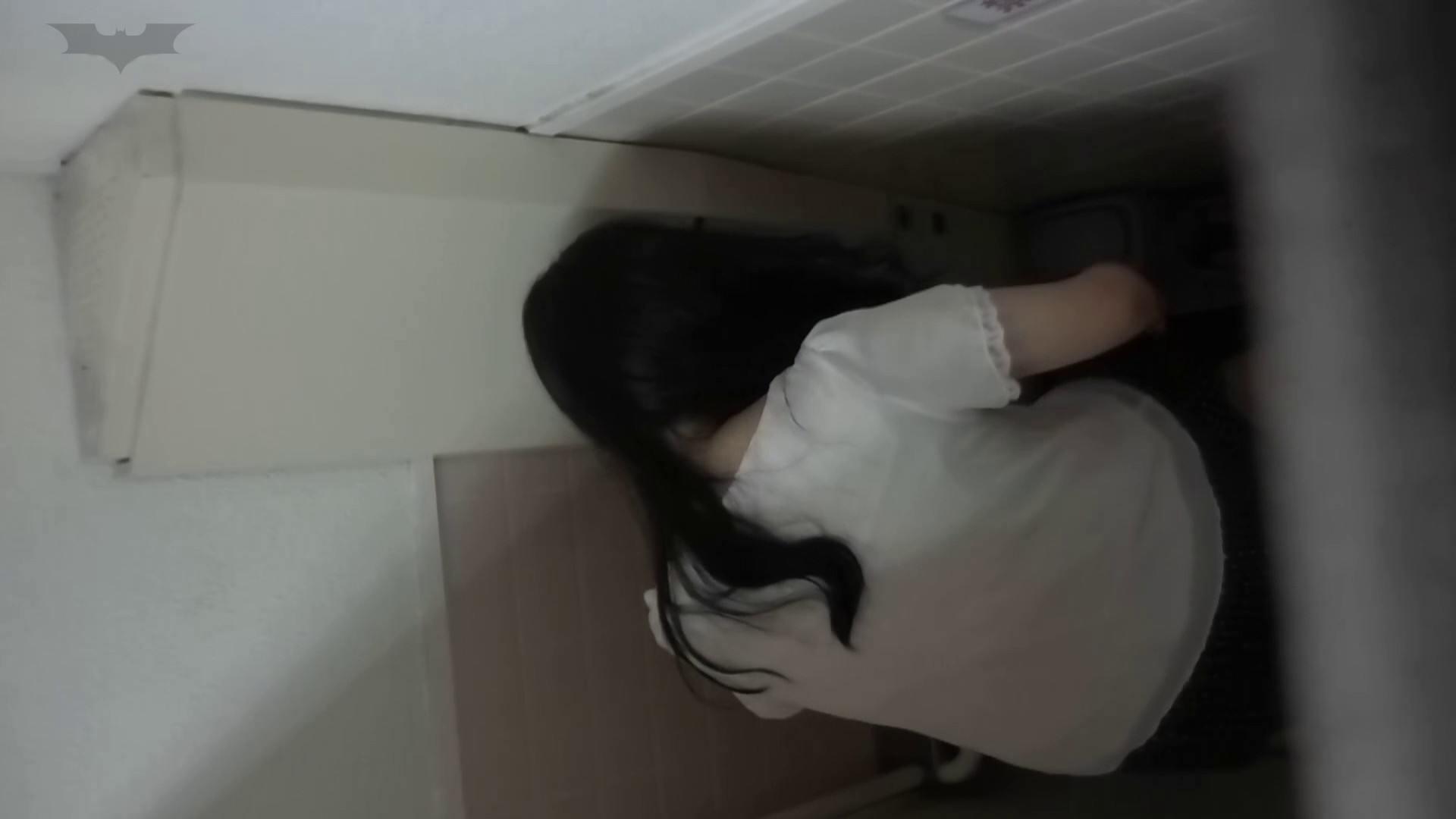 化粧室絵巻 駅舎編 VOL.22 季節外れの冬服特集!! 細身  54PIX 46