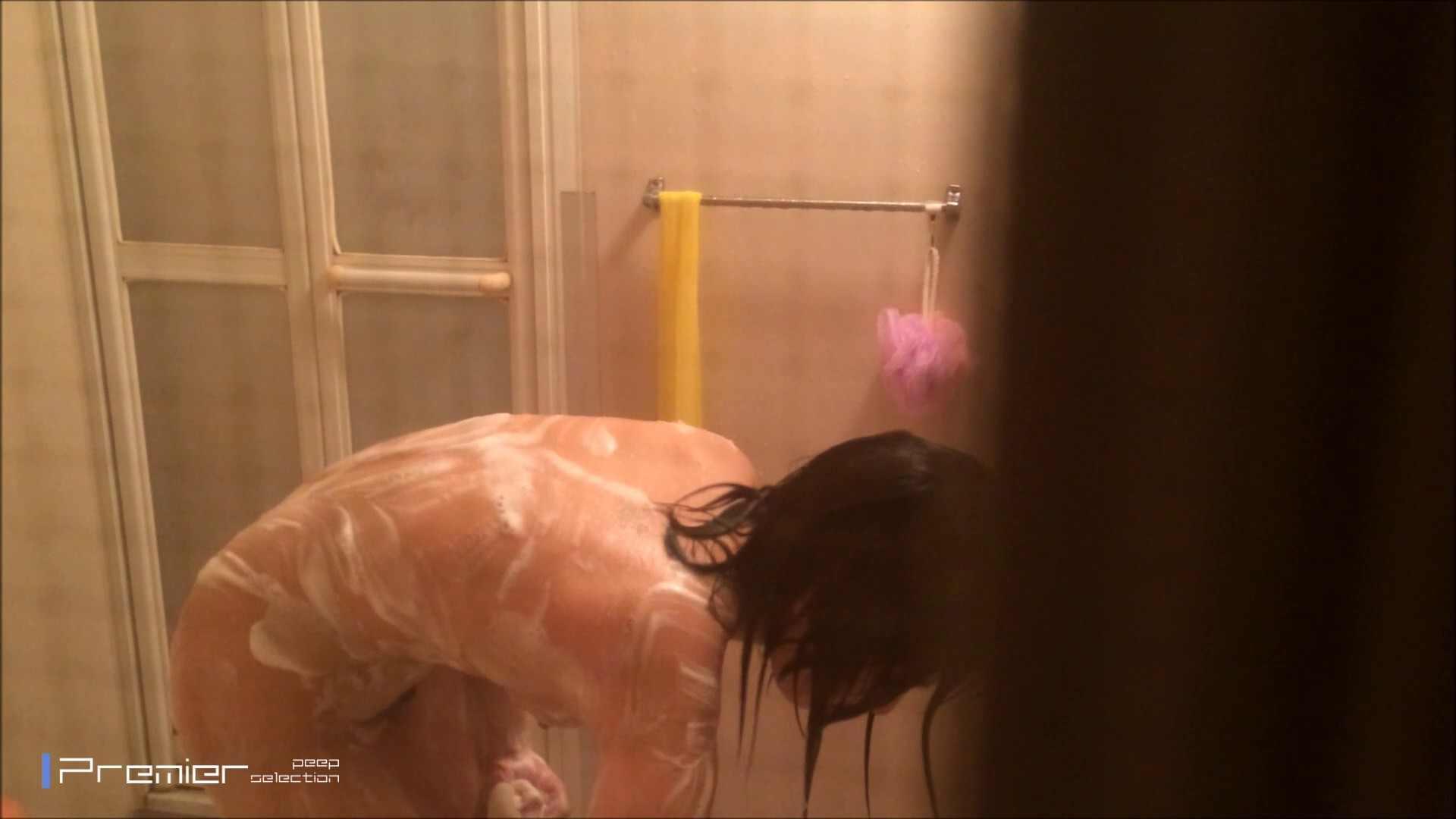 シャワーのお湯を跳ね返すお肌 乙女の風呂場 Vol.03 丸見え  96PIX 7