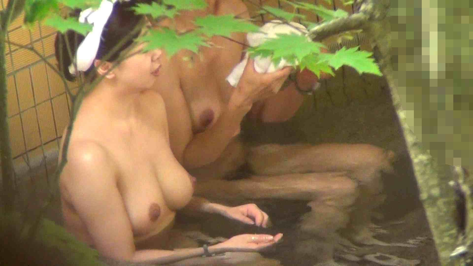 Vol.29 ピンクとブラウンの爆乳コンビ 美女  76PIX 40