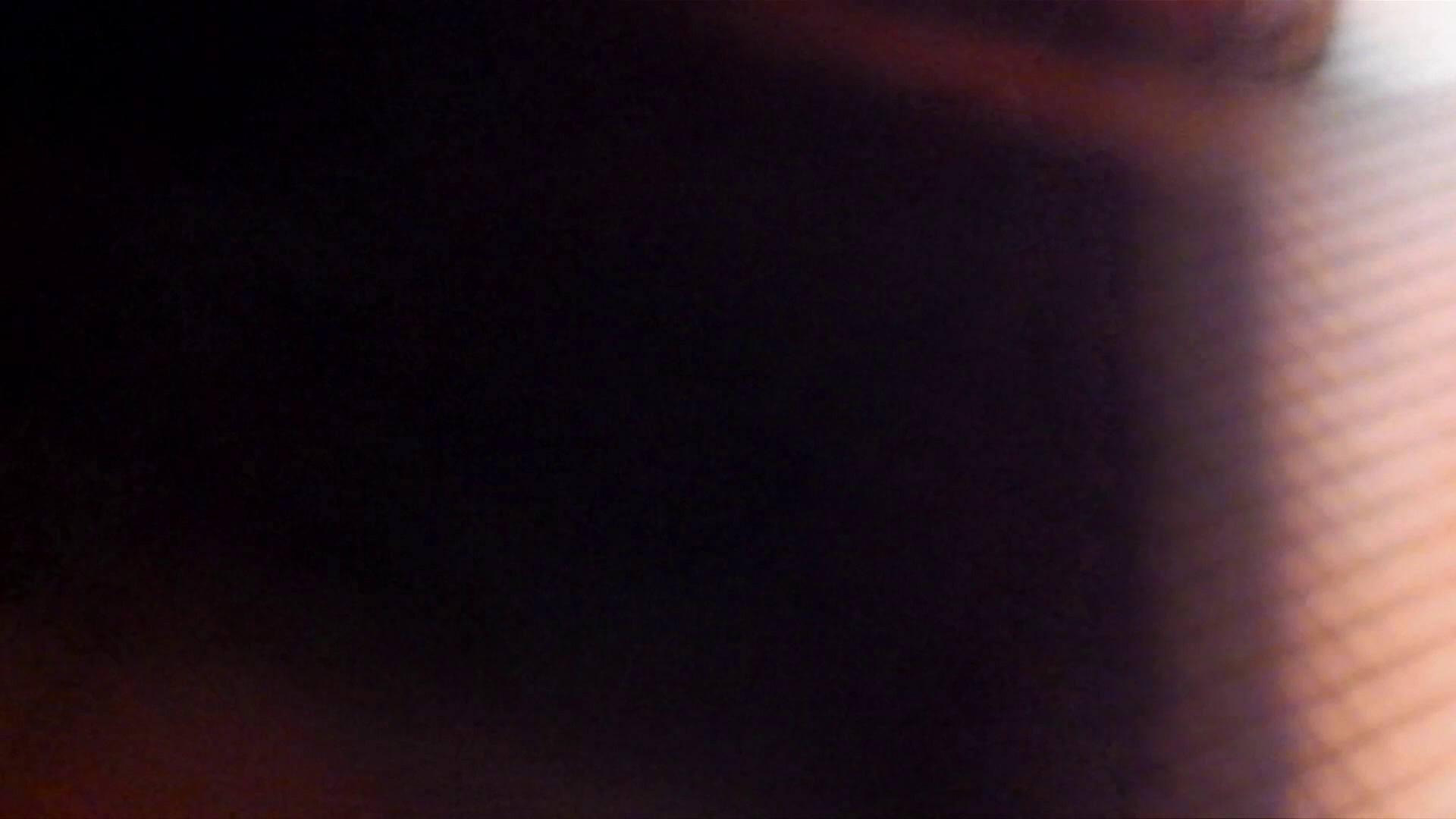 ▲復活限定▲マンコ丸見え!花火大会潜入撮 Vol.02 明るい場所に移動! お姉さん  62PIX 35