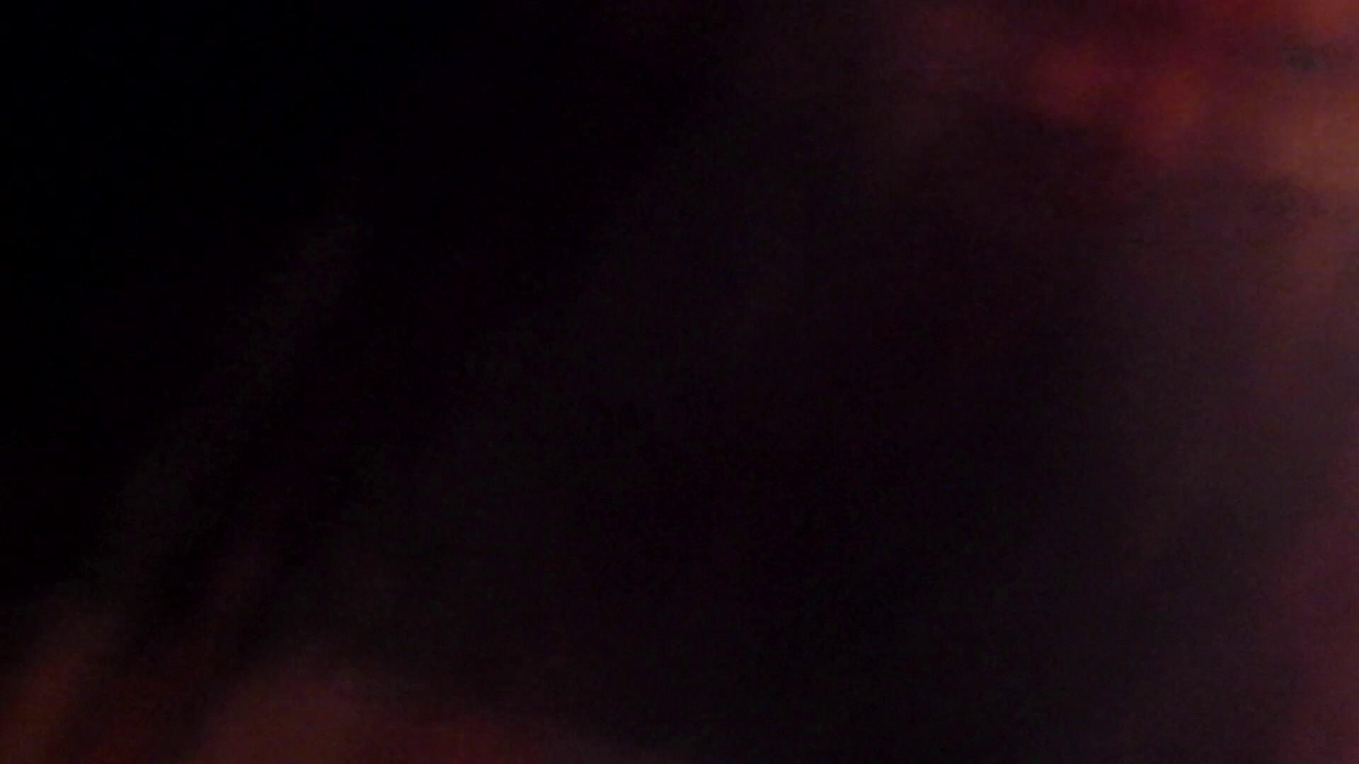▲復活限定▲マンコ丸見え!花火大会潜入撮 Vol.02 明るい場所に移動! お姉さん  62PIX 36