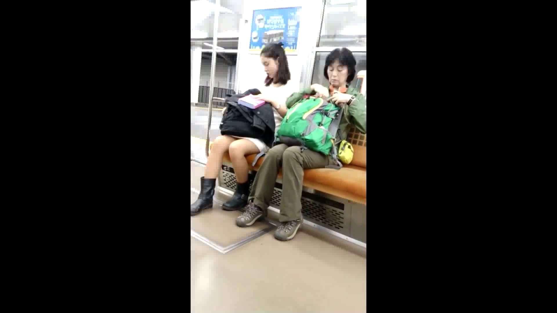 盗撮列車 vol.02 NINJAさんの粘着撮り ギャル  94PIX 92