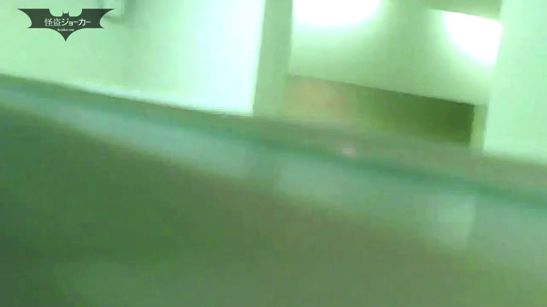 夏の思い出浜辺トイレ盗撮Vol.07 潜入  69PIX 57