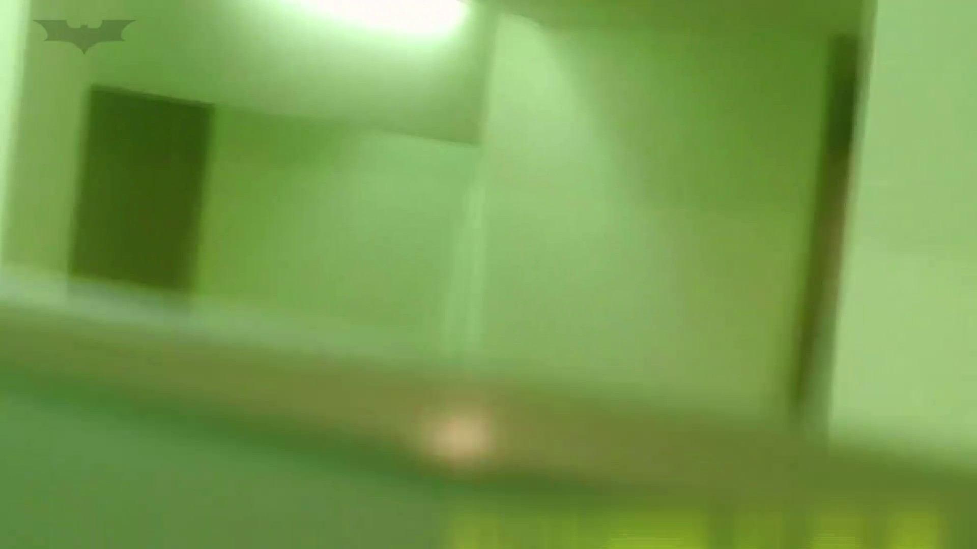 夏の思い出浜辺トイレ盗撮Vol.15 和式 盗撮 105PIX 95