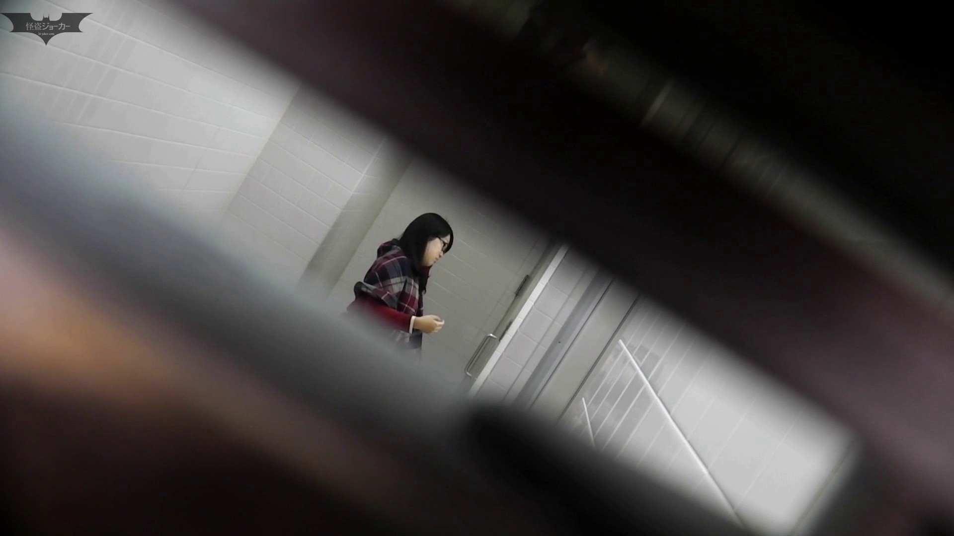 お銀さん vol.59 ピンチ!!「鏡の前で祈る女性」にばれる危機 お姉さん  98PIX 74