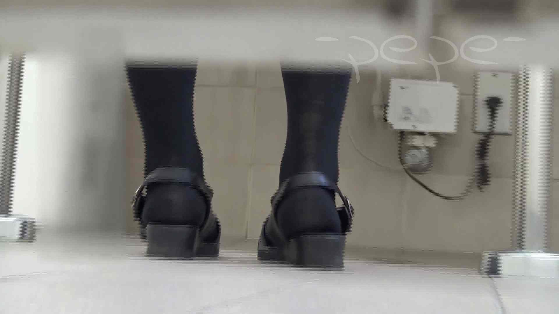 至高洗面所盗撮 01 至高の院内下方撮り 洗面所  70PIX 31
