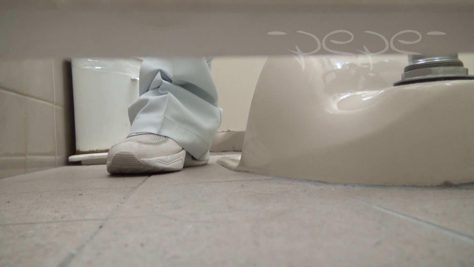 至高洗面所盗撮 01 至高の院内下方撮り 洗面所  70PIX 53