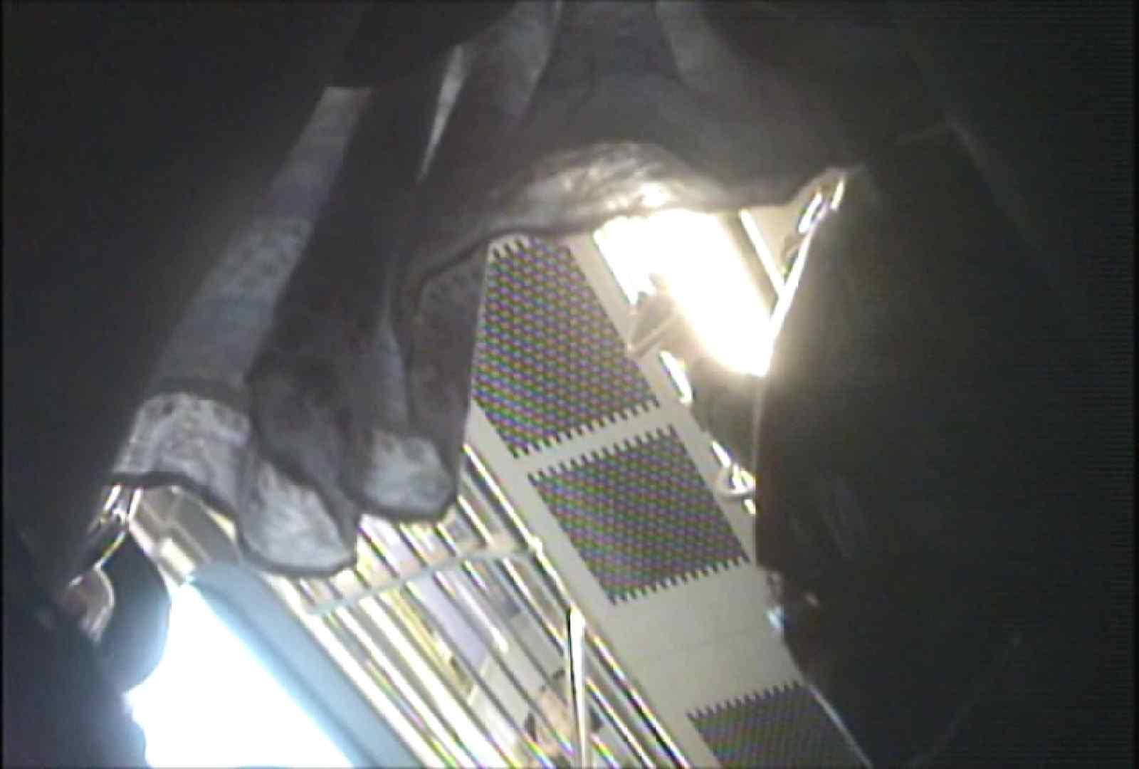 「しん」さんの逆さバイキングVol.9 パンチラ  97PIX 58