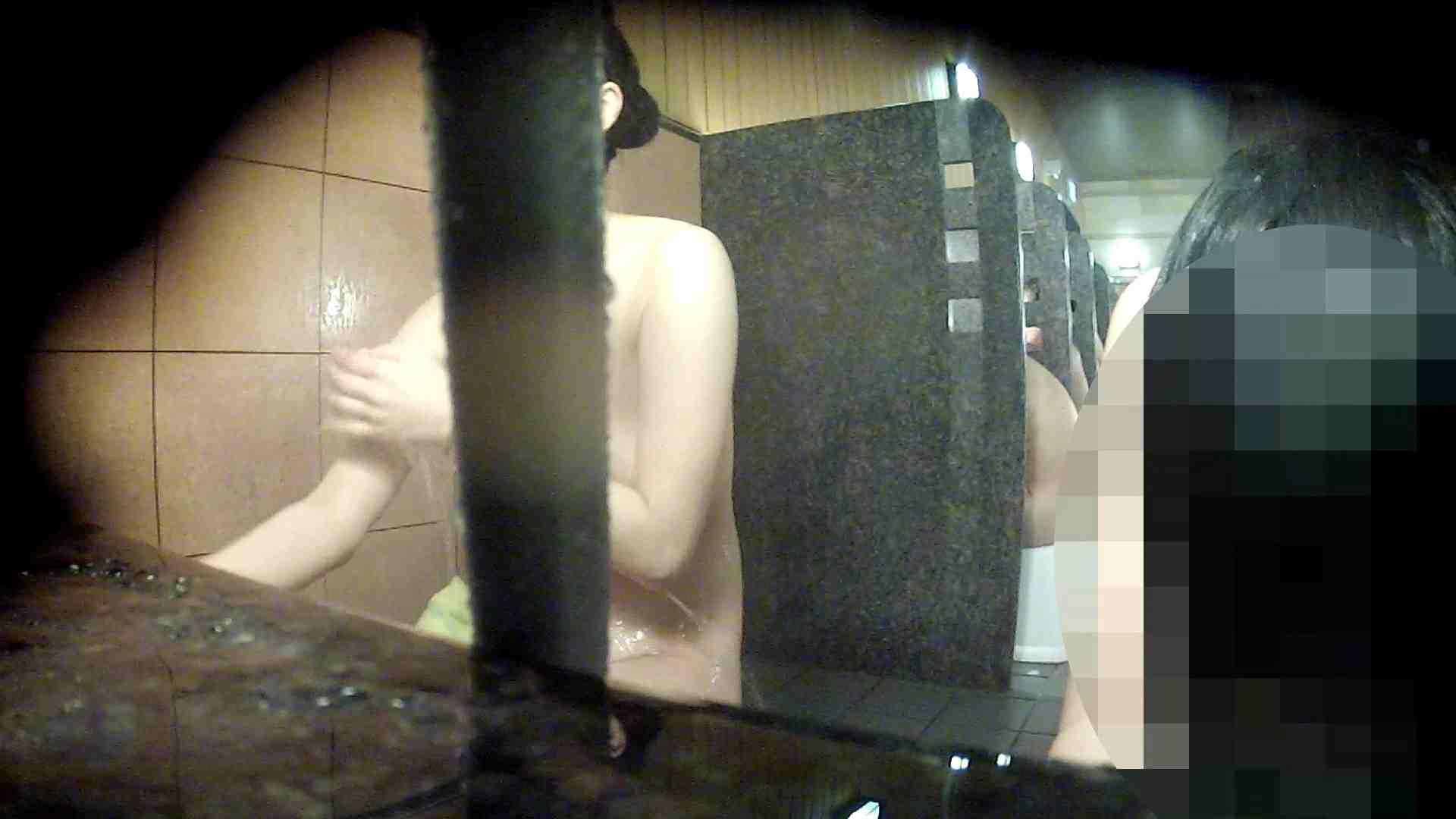 洗い場!今が食べ頃のたわわなオッパイ!サービス付 女湯  98PIX 7