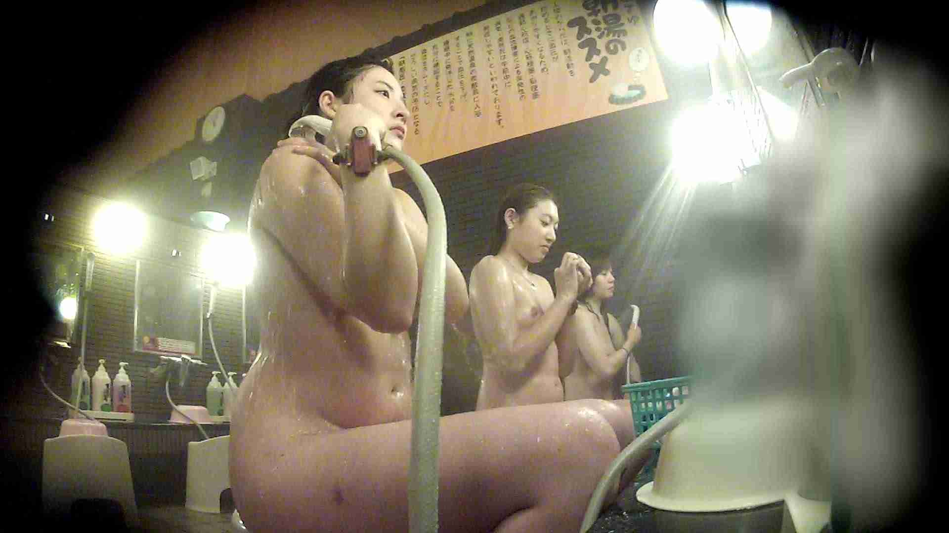 洗い場!お二人とも清楚でお美しいでございます。 美乳  67PIX 42