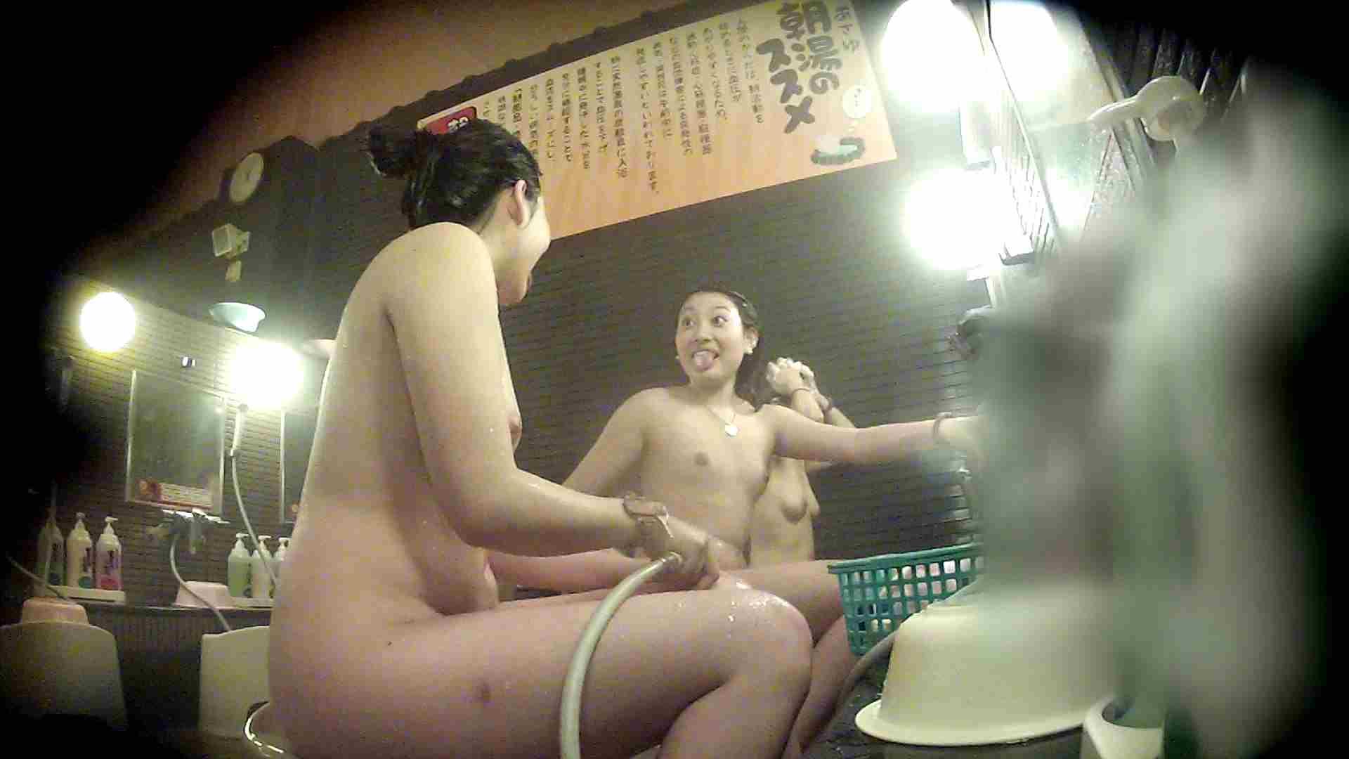 洗い場!お二人とも清楚でお美しいでございます。 美乳  67PIX 53