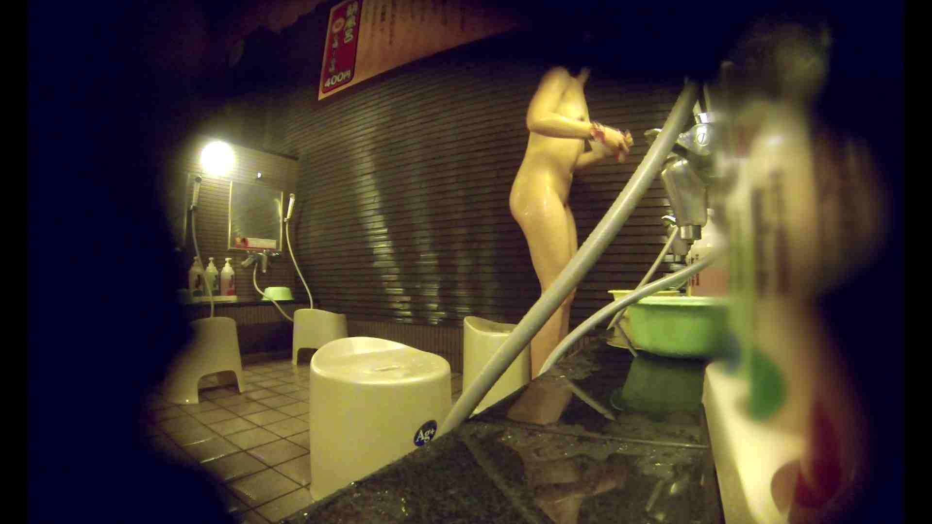 洗い場!しかし・・・綺麗な顔をしてますね。結婚したいな。 細身  73PIX 4