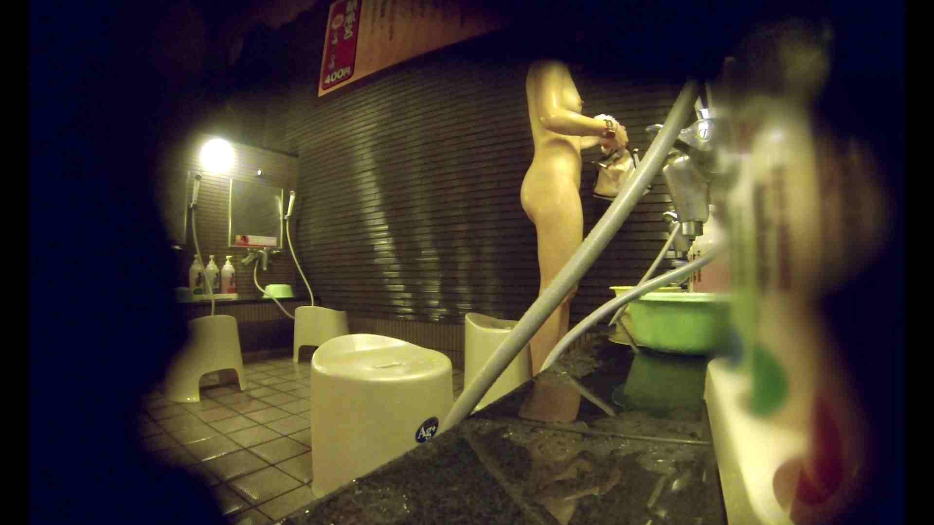 洗い場!しかし・・・綺麗な顔をしてますね。結婚したいな。 細身  73PIX 6