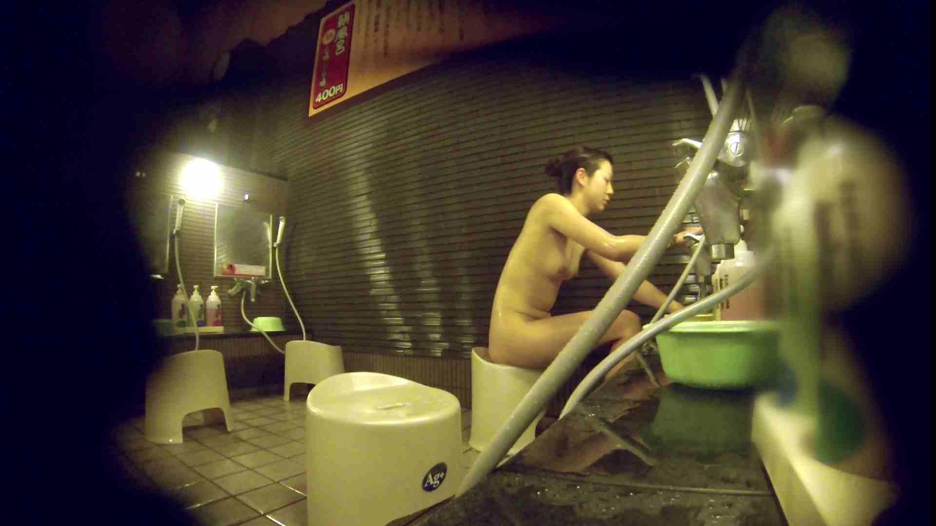 洗い場!しかし・・・綺麗な顔をしてますね。結婚したいな。 細身  73PIX 14
