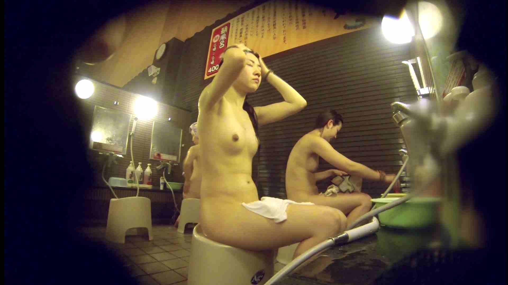 洗い場!しかし・・・綺麗な顔をしてますね。結婚したいな。 細身  73PIX 26