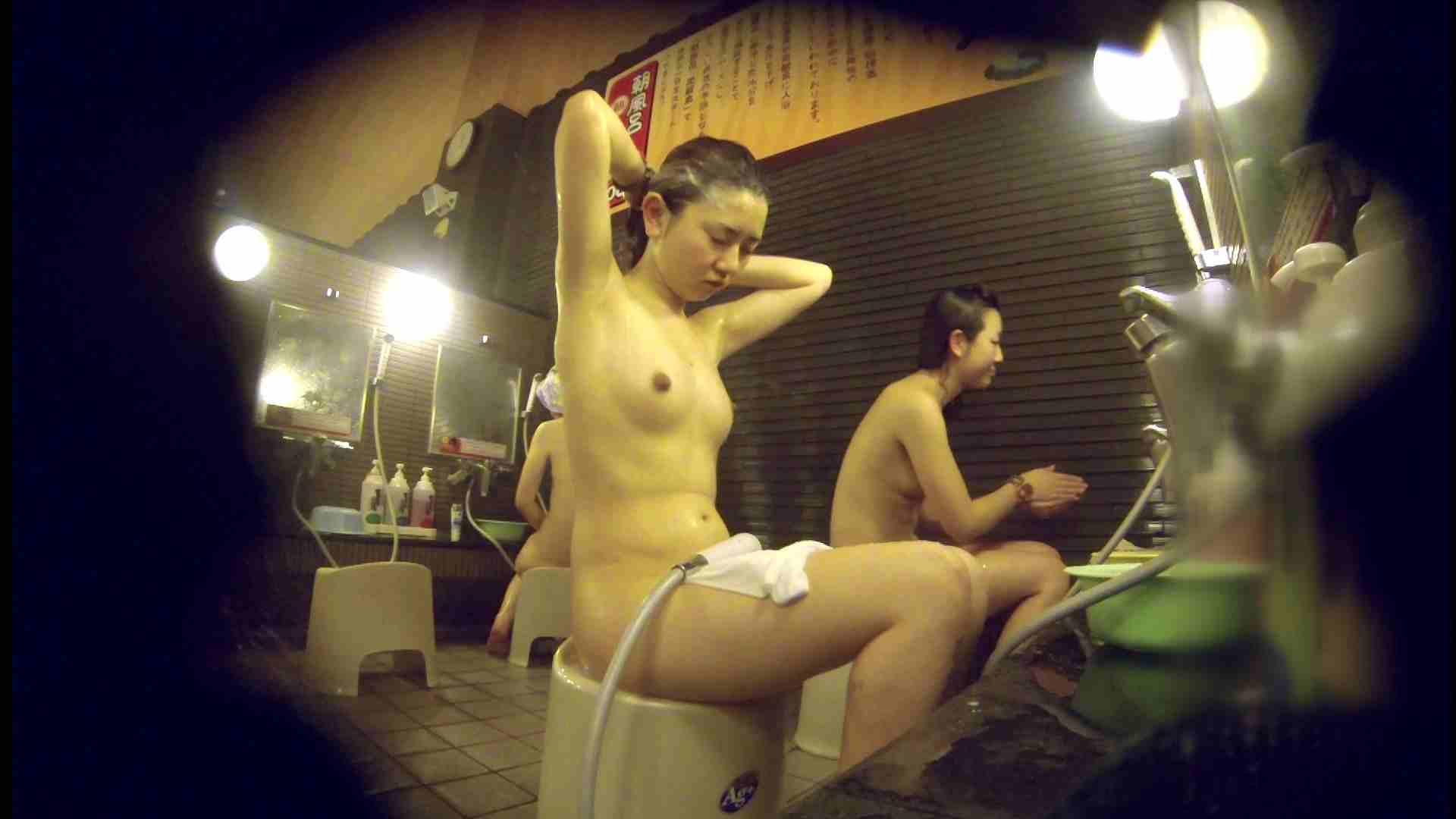 洗い場!しかし・・・綺麗な顔をしてますね。結婚したいな。 細身  73PIX 39