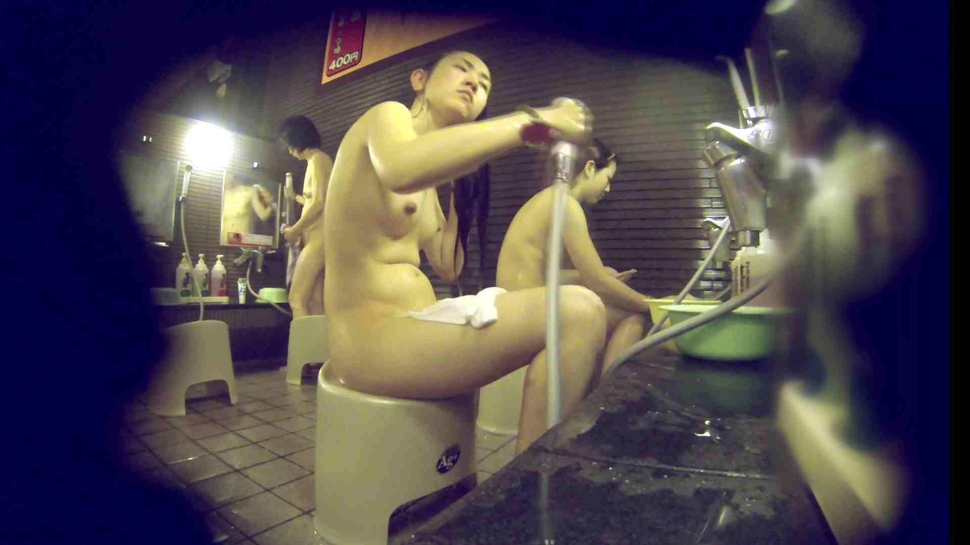 洗い場!しかし・・・綺麗な顔をしてますね。結婚したいな。 細身  73PIX 73