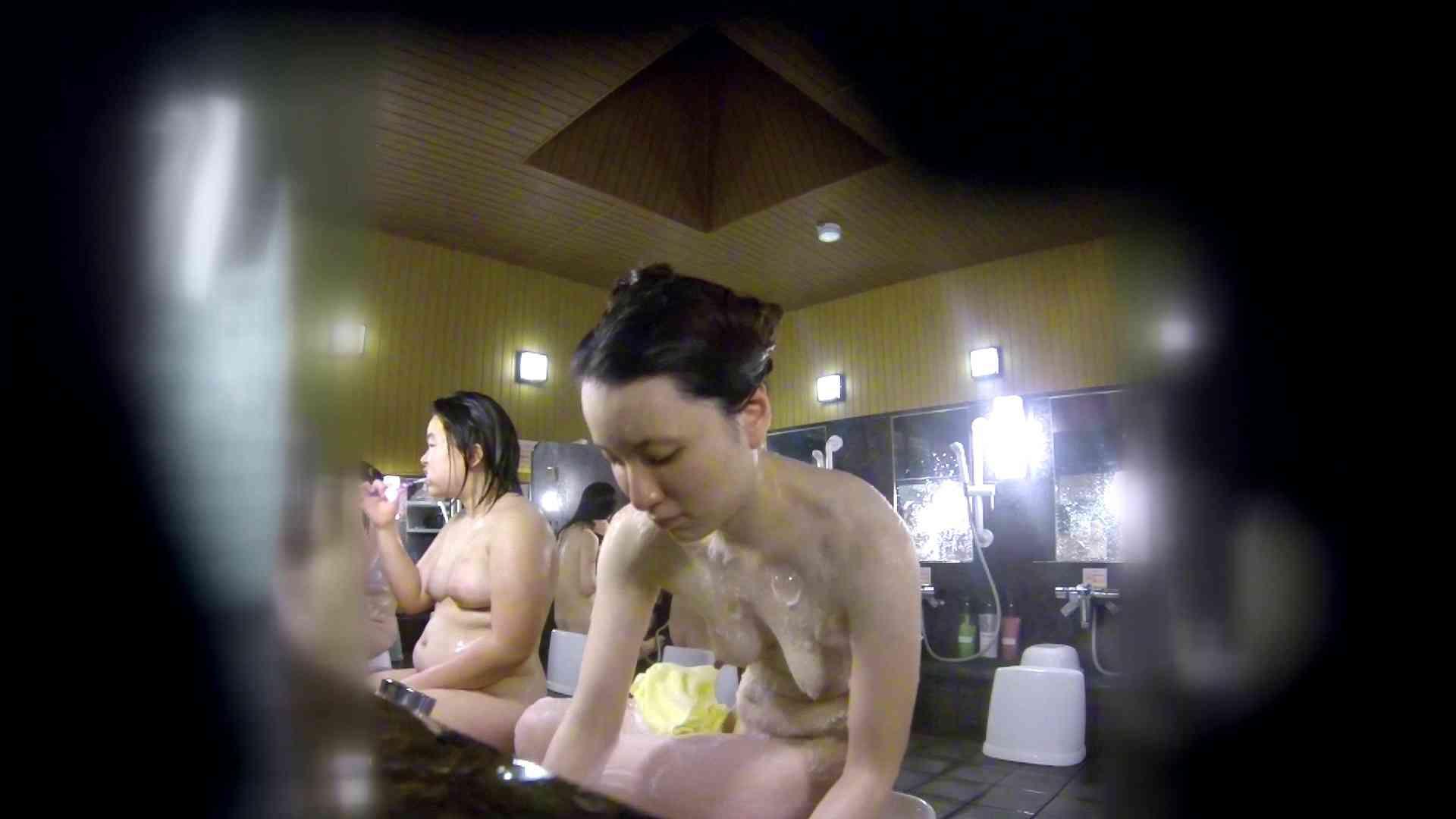 洗い場!アソコの毛辺の手入れで妄想が膨らみました。 女湯  109PIX 16