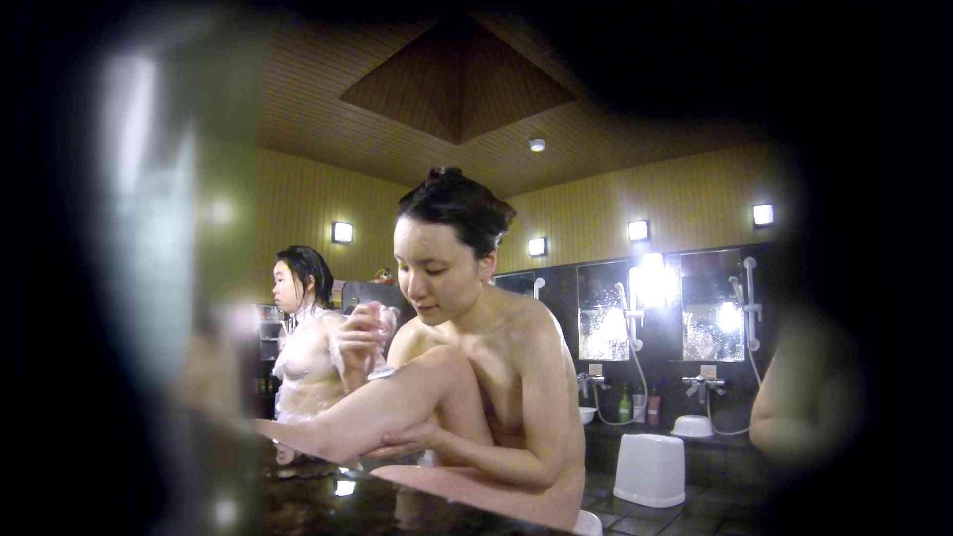 洗い場!アソコの毛辺の手入れで妄想が膨らみました。 女湯  109PIX 42