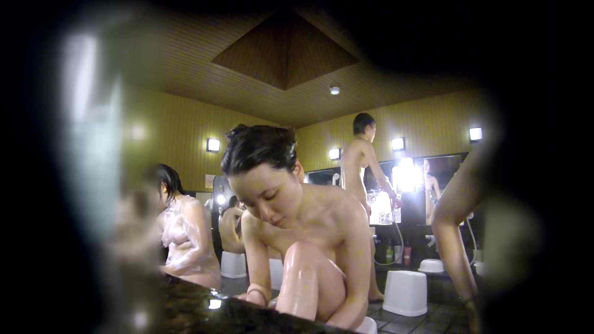 洗い場!アソコの毛辺の手入れで妄想が膨らみました。 女湯  109PIX 63