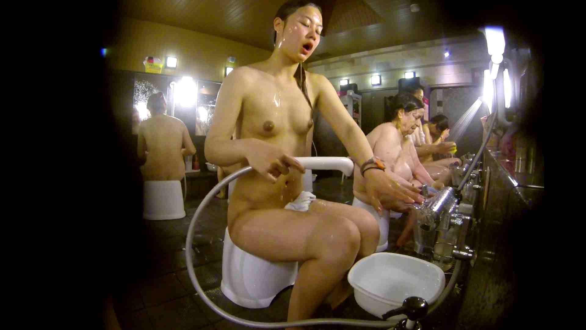 追い撮り!脱衣~洗い場、徹底追跡!撮り師さんに拍手!! 追跡  67PIX 29