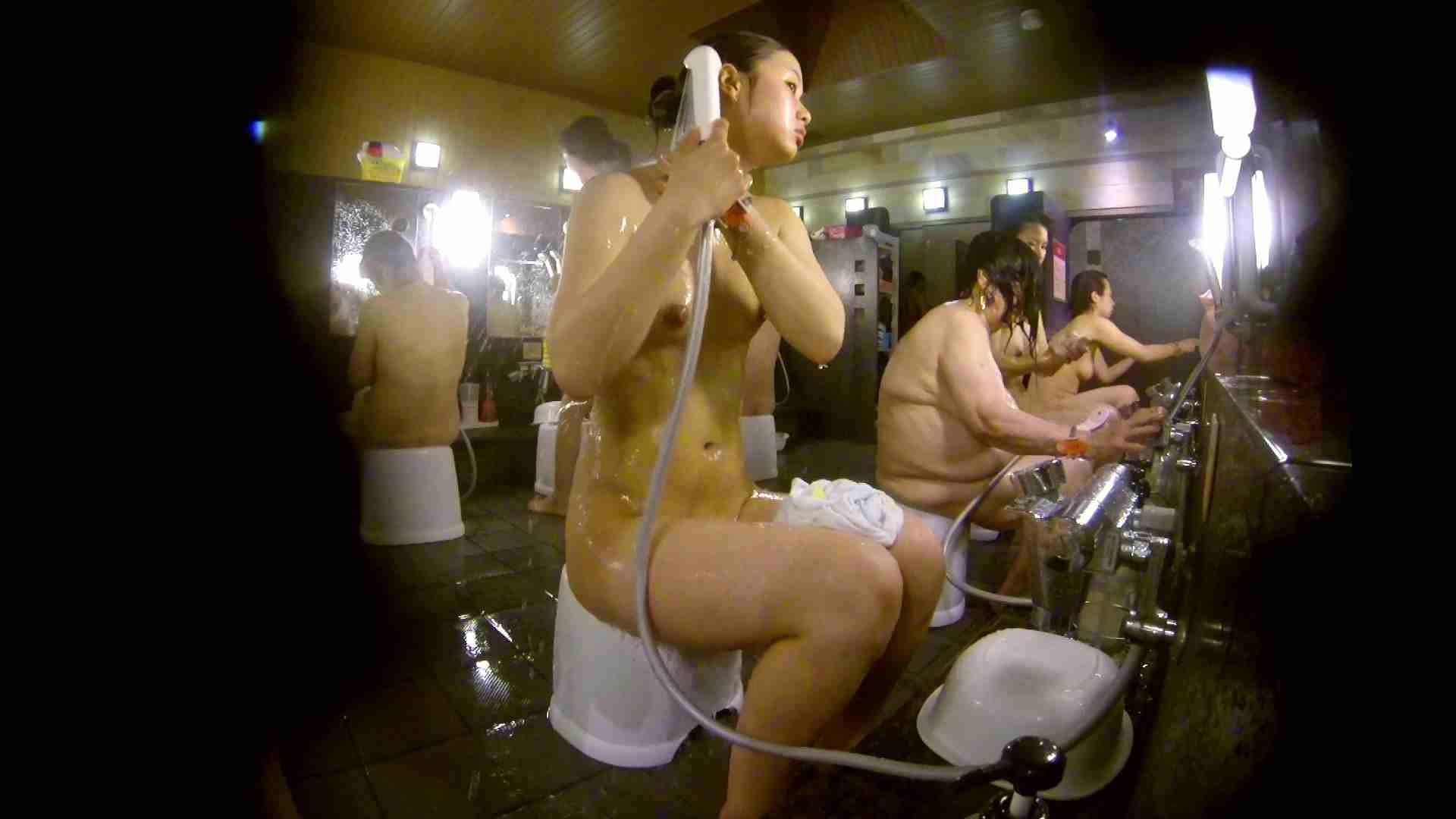 追い撮り!脱衣~洗い場、徹底追跡!撮り師さんに拍手!! 追跡  67PIX 43