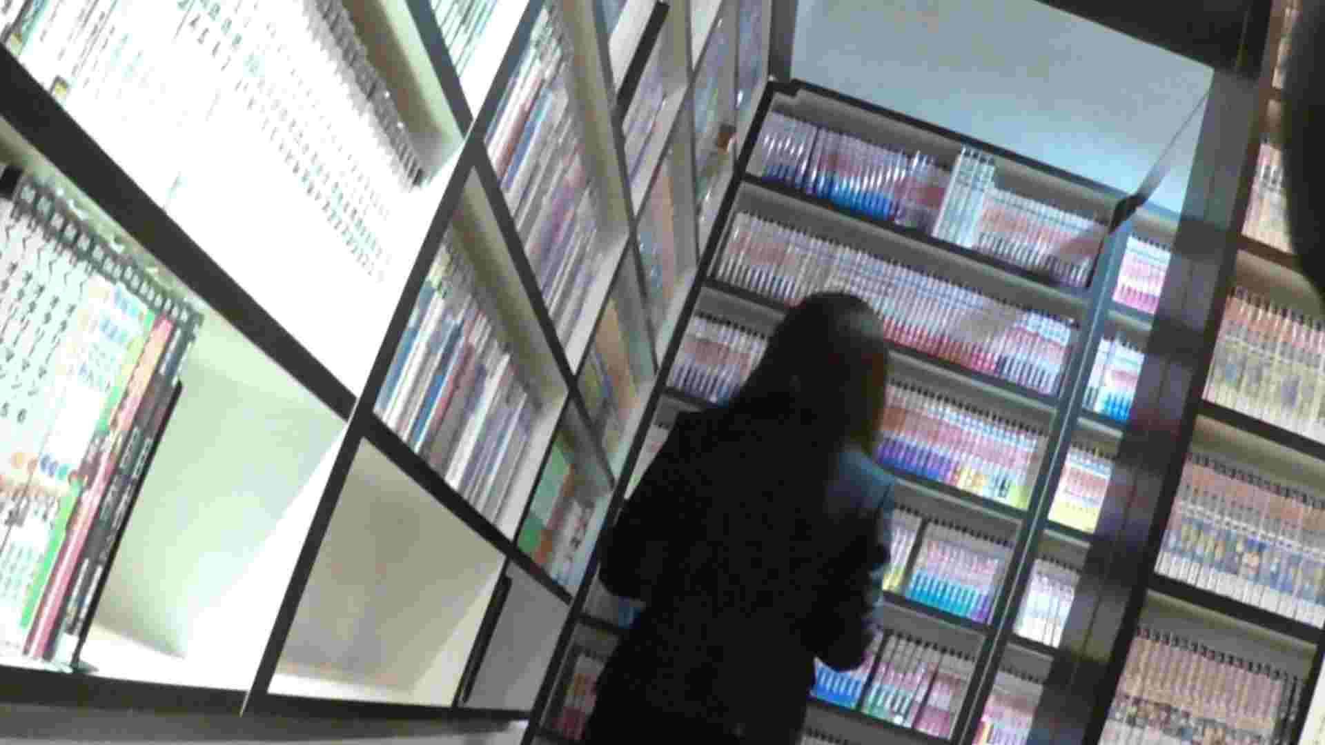 悪戯ネットカフェ Vol.04 タンポンチェンジ!!見っちゃいました。 パンチラ  100PIX 5