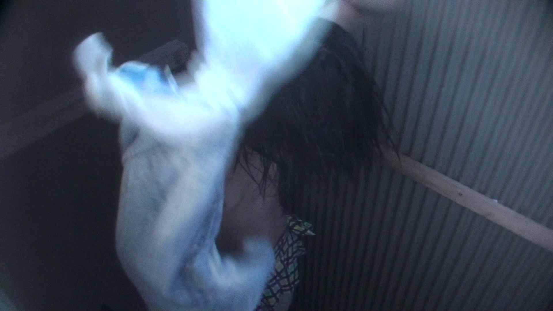 Vol.24 再登場 生理中の年齢不詳嬢 盗撮  110PIX 34