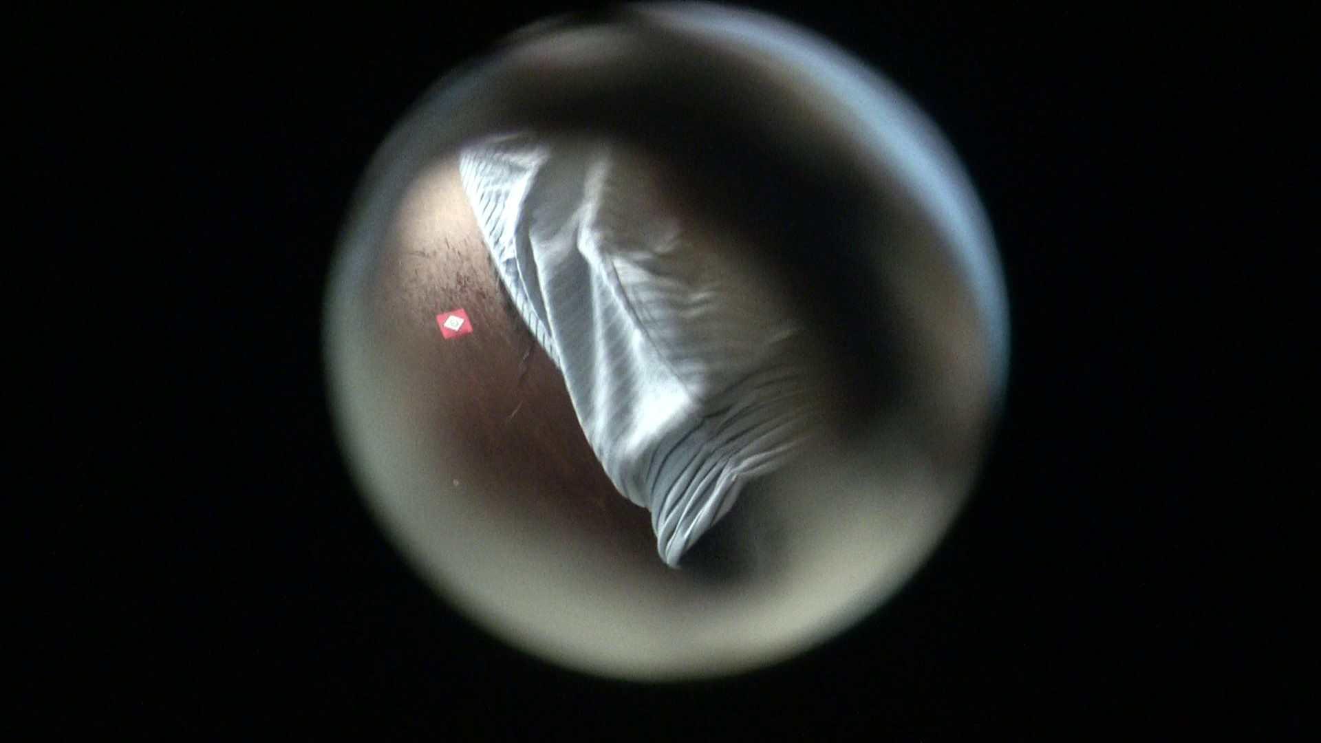 NO.01 胃下垂気味のへそピアスギャル 覗き  72PIX 22